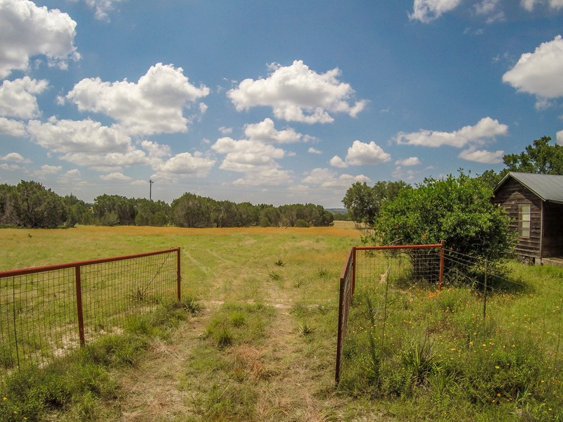 Farm / Ranch / Plantation for Sale at 7400 Creek Rd, Dripping Springs Dripping Springs, Texas 78620 United States