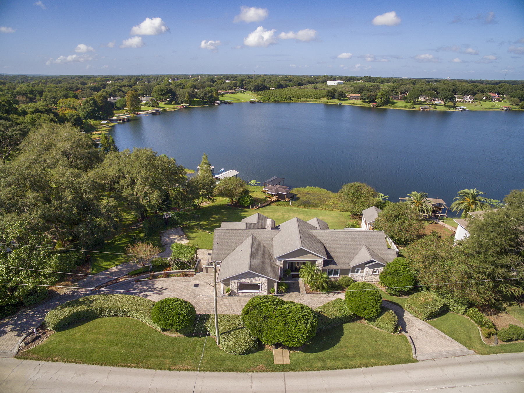 Villa per Vendita alle ore ORLANDO - EUSTIS 2790 E Crooked Lake Dr Eustis, Florida, 32726 Stati Uniti