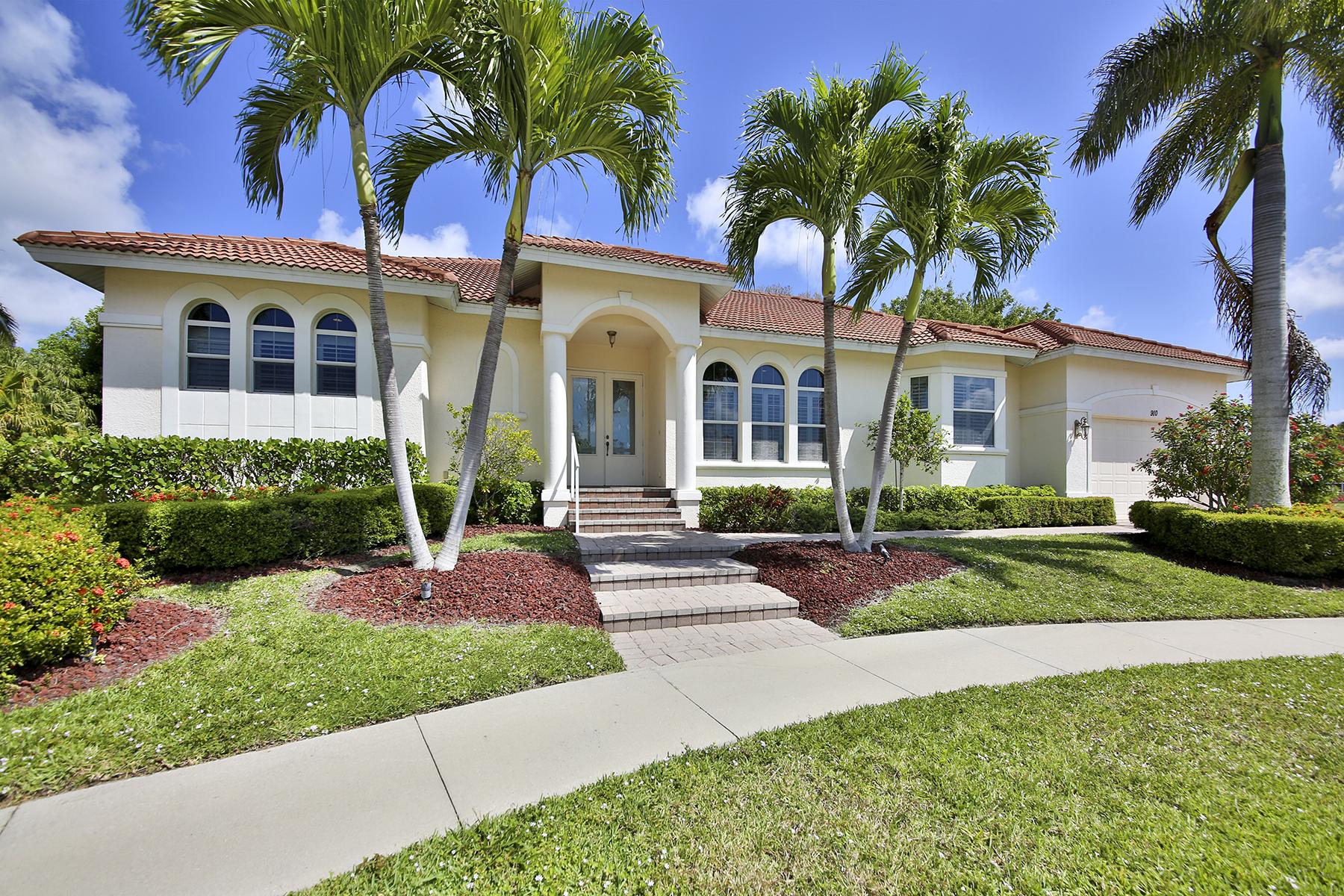 獨棟家庭住宅 為 出售 在 MARCO ISLAND - SYCAMORE COURT 910 Sycamore Ct Marco Island, 佛羅里達州 34145 美國