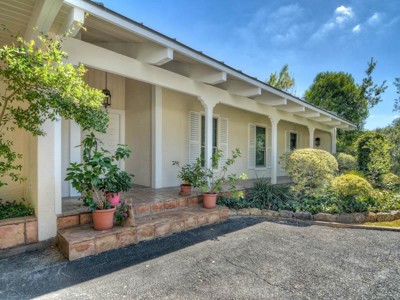 獨棟家庭住宅 為 出售 在 Exquisitely Designed Home in Northwood Estates 254 Rockhill Dr Northwood Estates, San Antonio, 德克薩斯州, 78209 美國