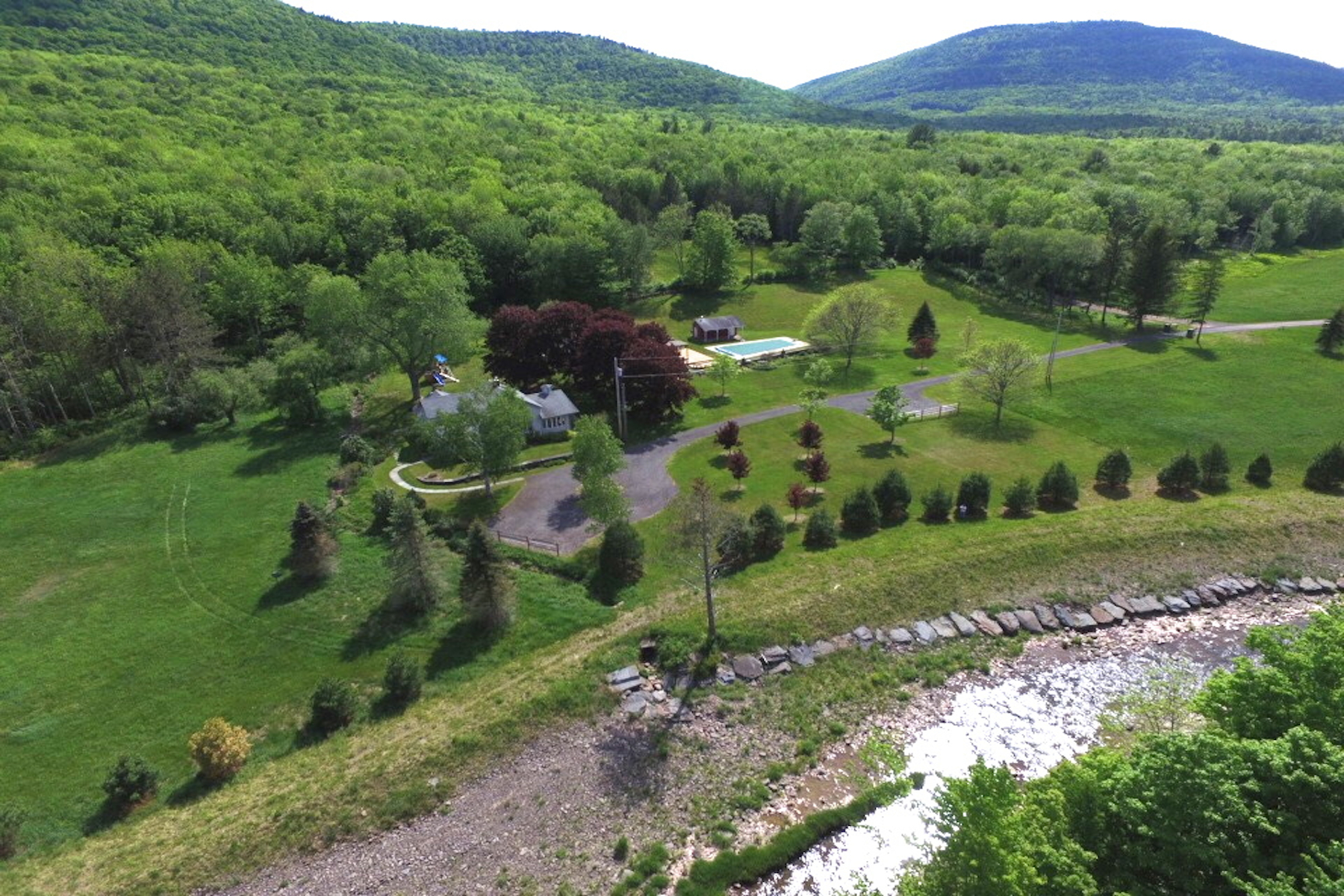 Single Family Home for Sale at Shadow Mountain 150 Shadow Mt. Rd East Jewett, New York 12424 United States