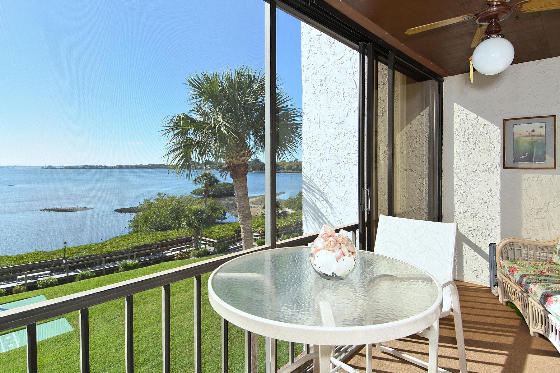 共管式独立产权公寓 为 销售 在 SARASOTA 1608 Stickney Point Rd 8-307 萨拉索塔, 佛罗里达州 34231 美国