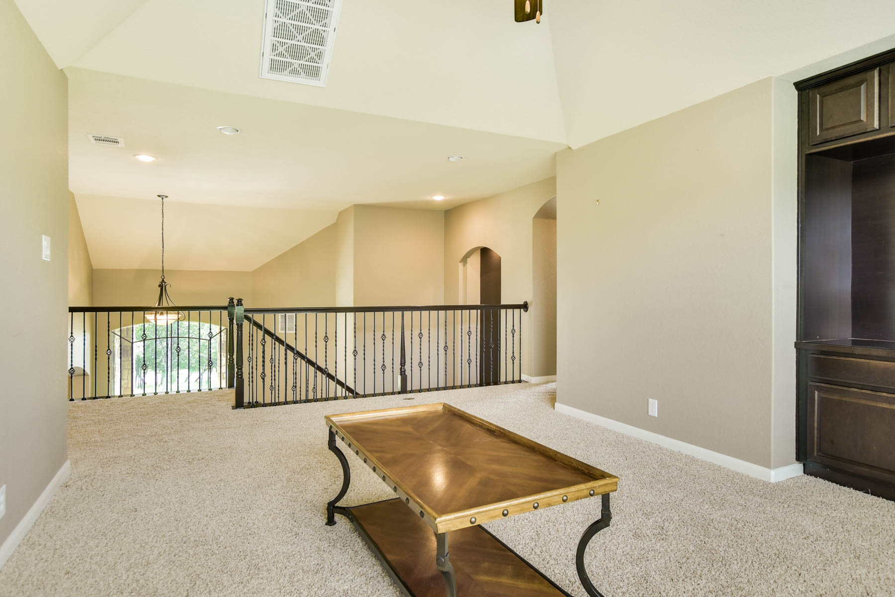 Additional photo for property listing at Breathtaking Home in Mission Hills Ranch 911 Santa Cruz New Braunfels, Texas 78132 Estados Unidos