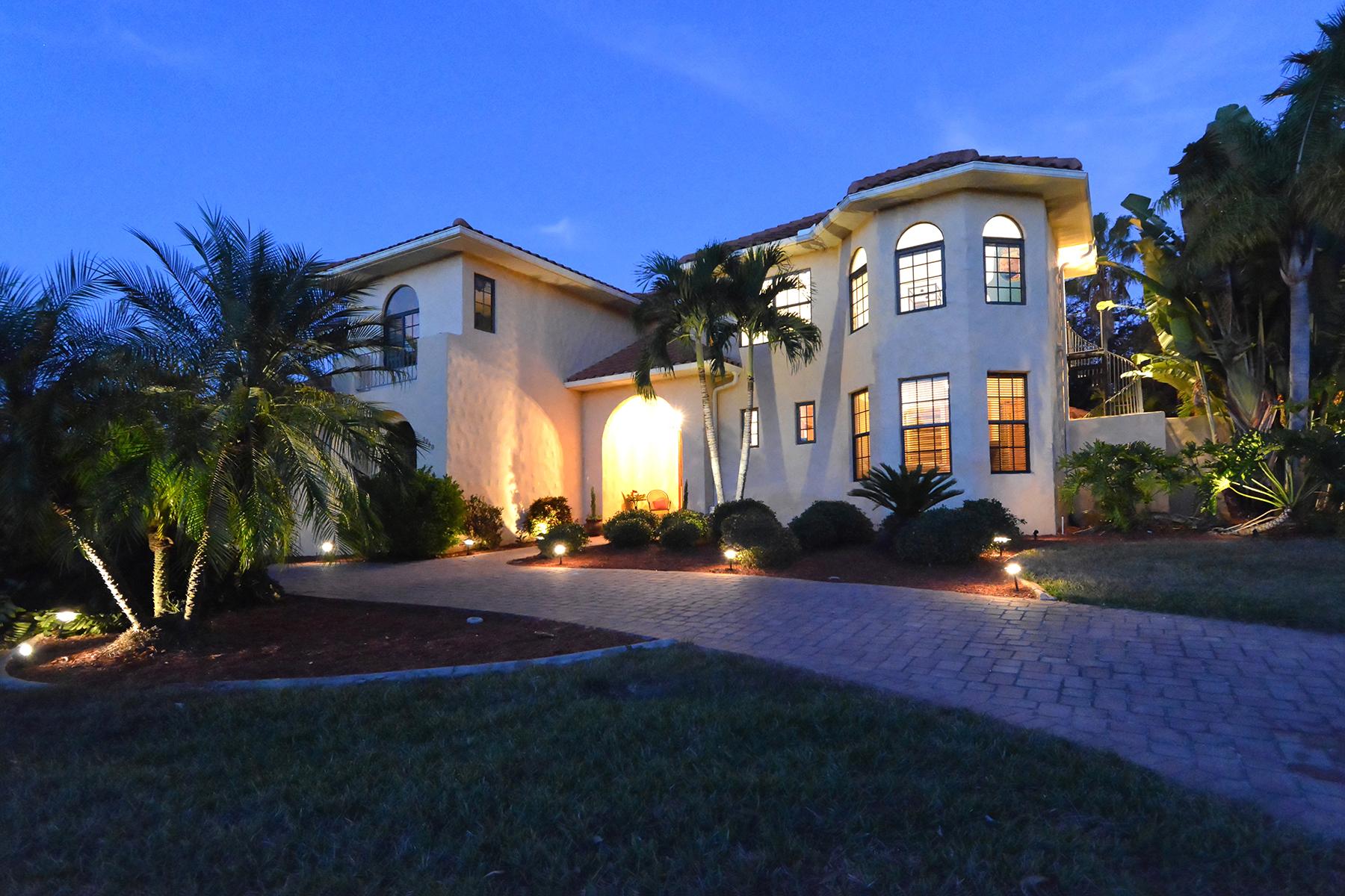 단독 가정 주택 용 매매 에 RIVERWOOD 3060 Rivershore Ln Port Charlotte, 플로리다 33953 미국
