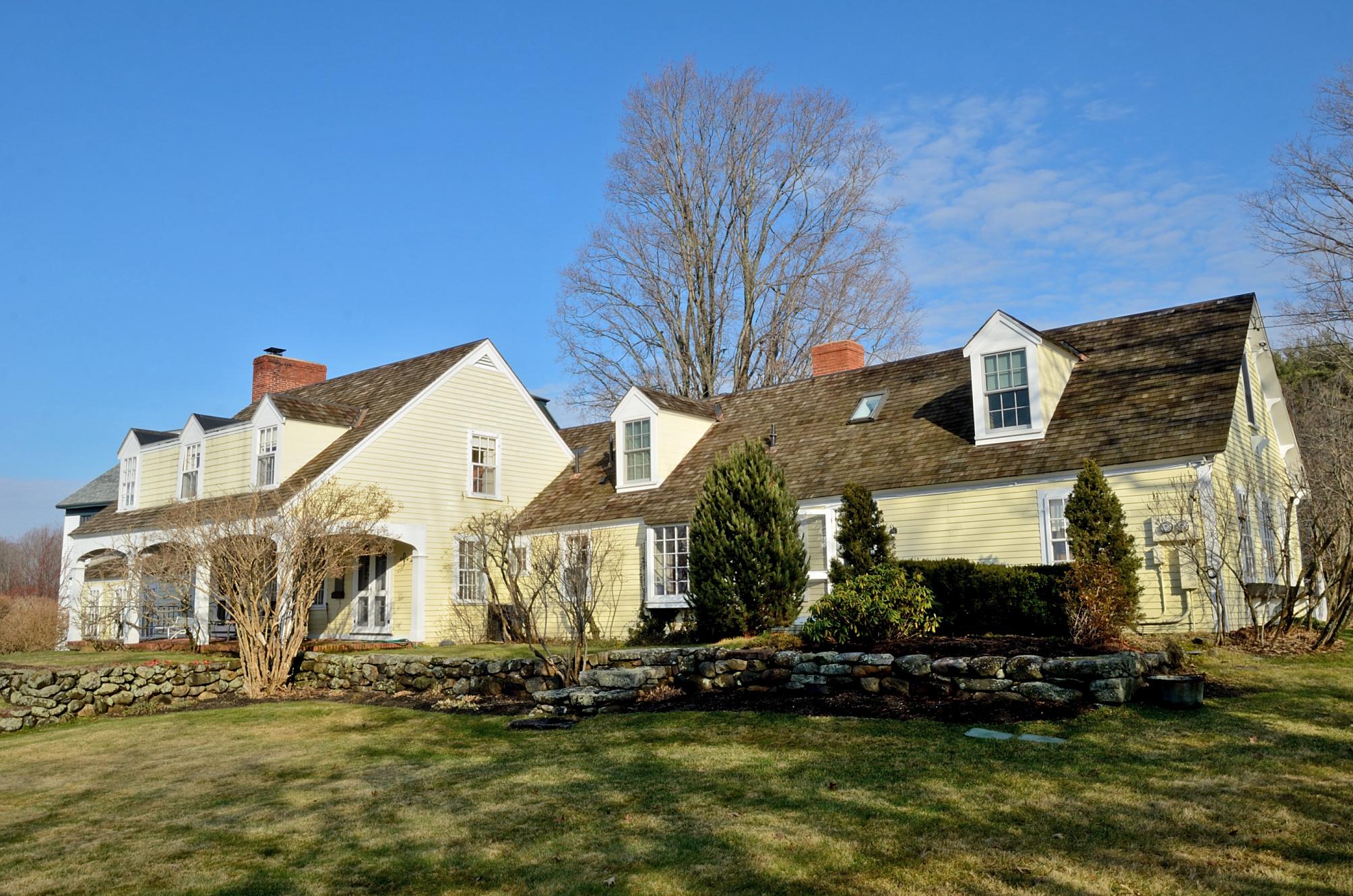Casa para uma família para Venda às 75 Hooper Hill Rd, New Boston New Boston, New Hampshire 03070 Estados Unidos