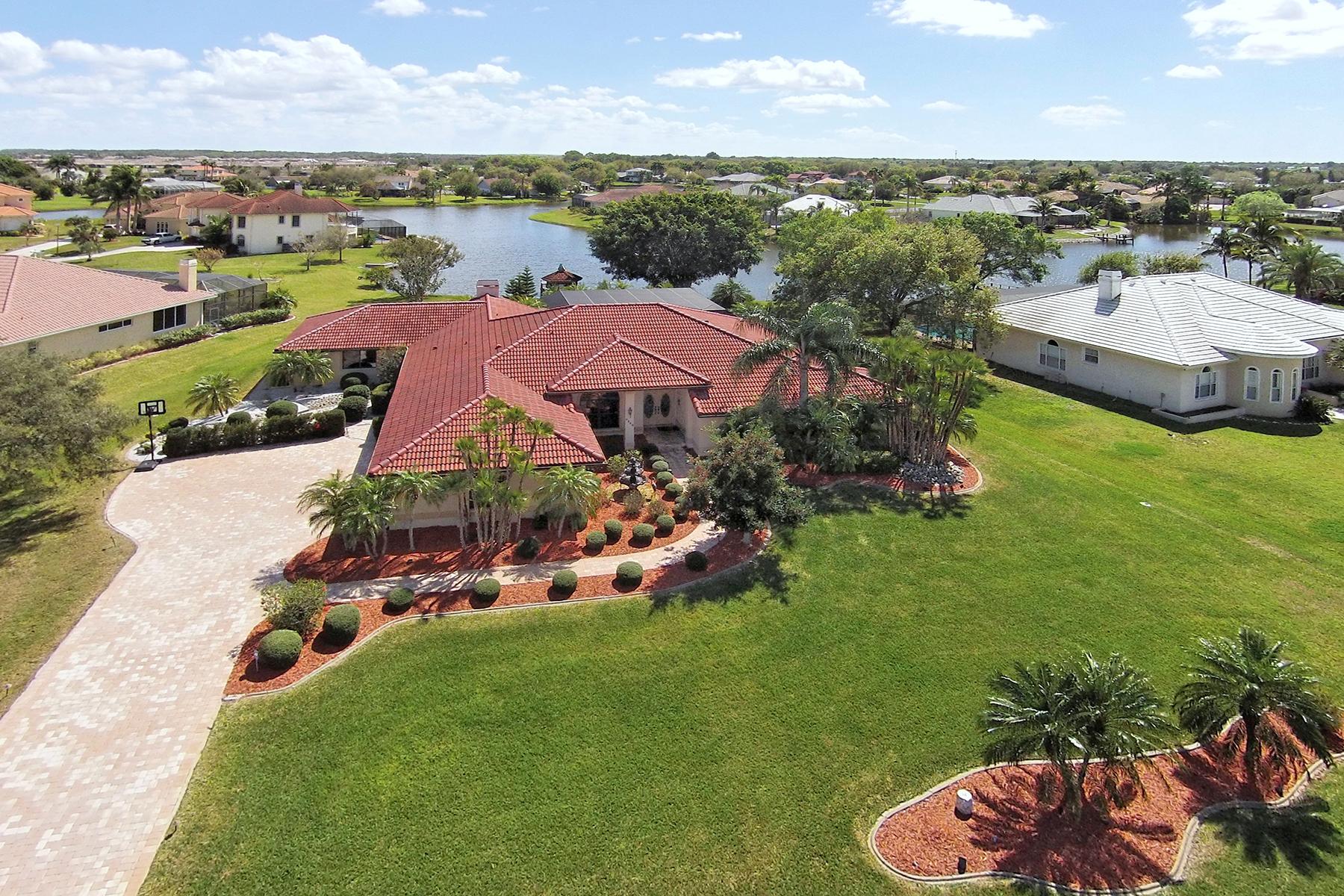 Einfamilienhaus für Verkauf beim 6149 9th Avenue Cir NE, Bradenton, FL 34212 6149 9th Avenue Cir NE Bradenton, Florida 34212 Vereinigte Staaten