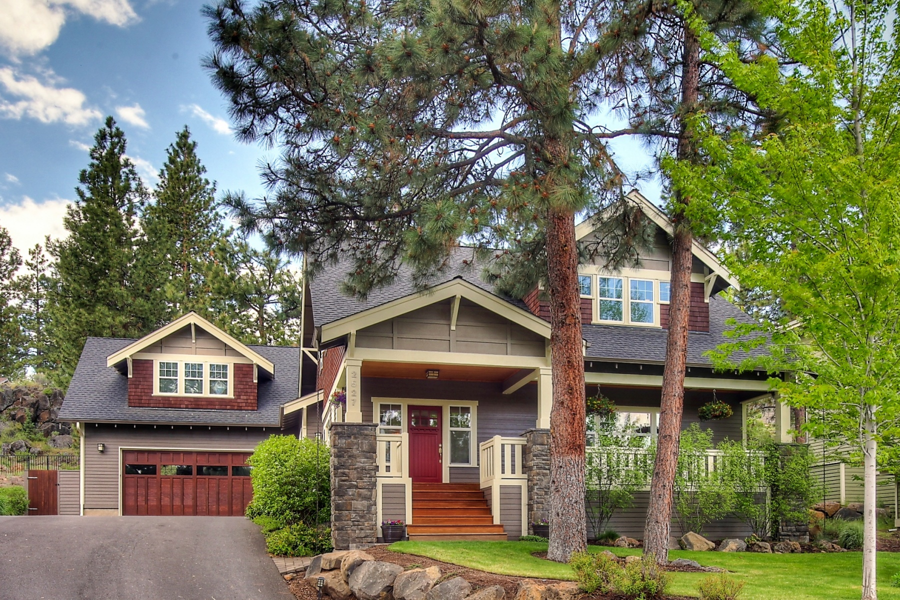 Single Family Home for Sale at Beautifully Remodeled Craftsman 2527 NW Brickyard St Bend, Oregon, 97703 United States