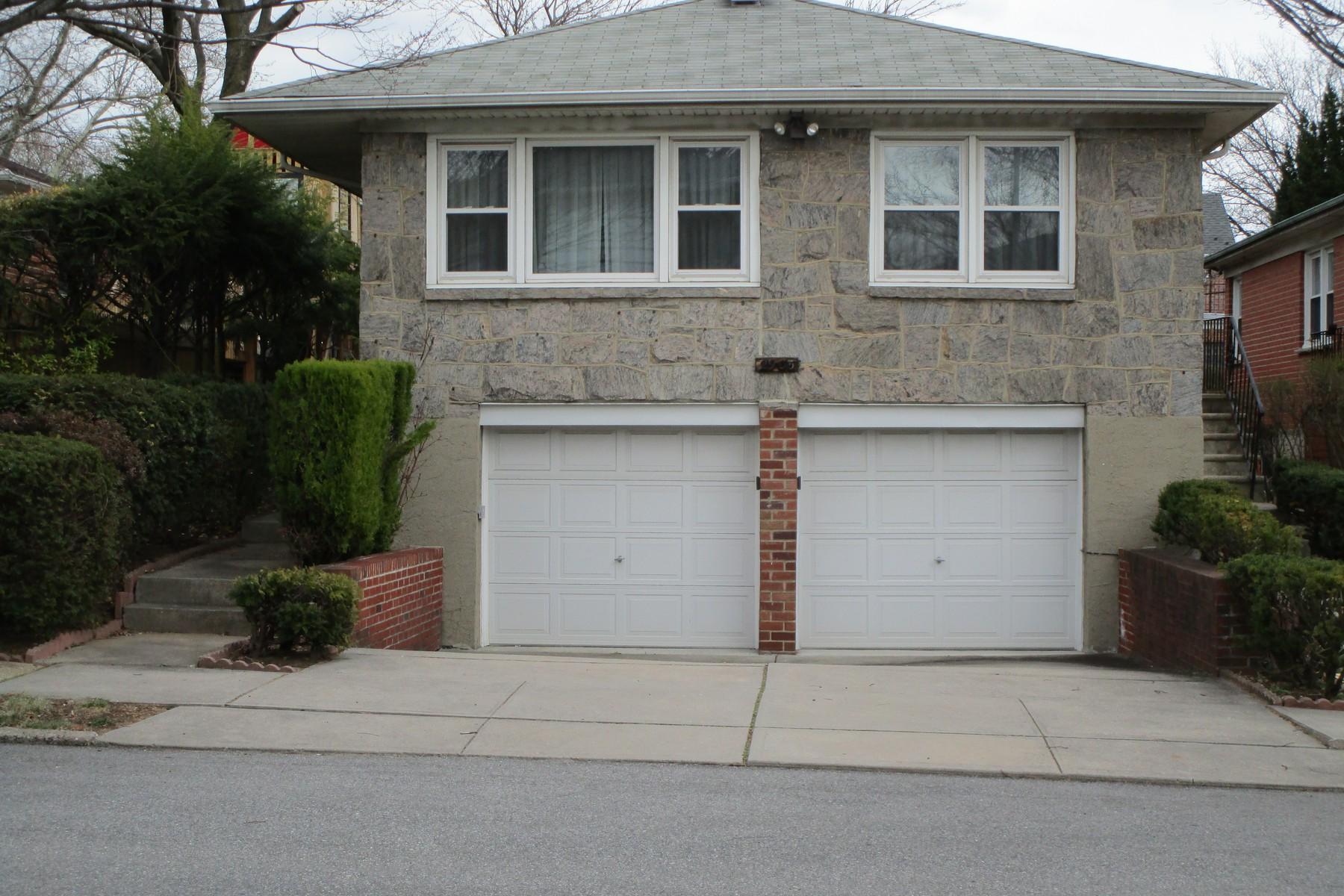 獨棟家庭住宅 為 出售 在 Ranch 29-35 143 St Flushing, 紐約州, 11354 美國