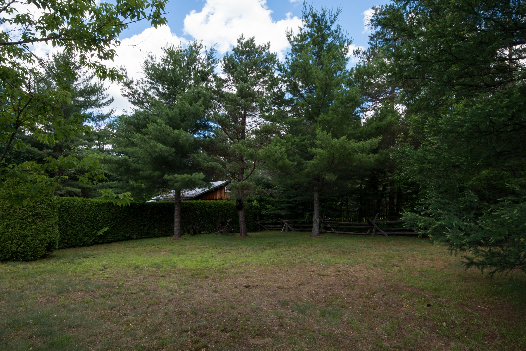 Additional photo for property listing at Haselton Land xxx  Haselton Road Wilmington, New York 12997 États-Unis