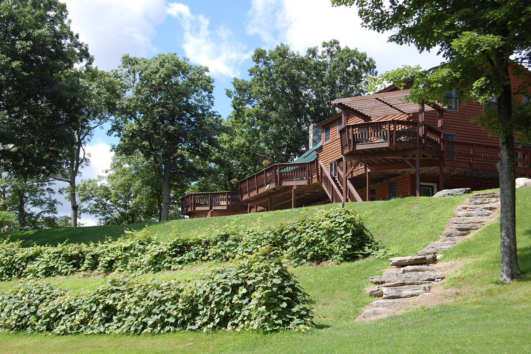 Casa Unifamiliar por un Venta en Sanctuary with Acreage 680 Lincoln Ln Sandgate, Vermont, 05250 Estados Unidos