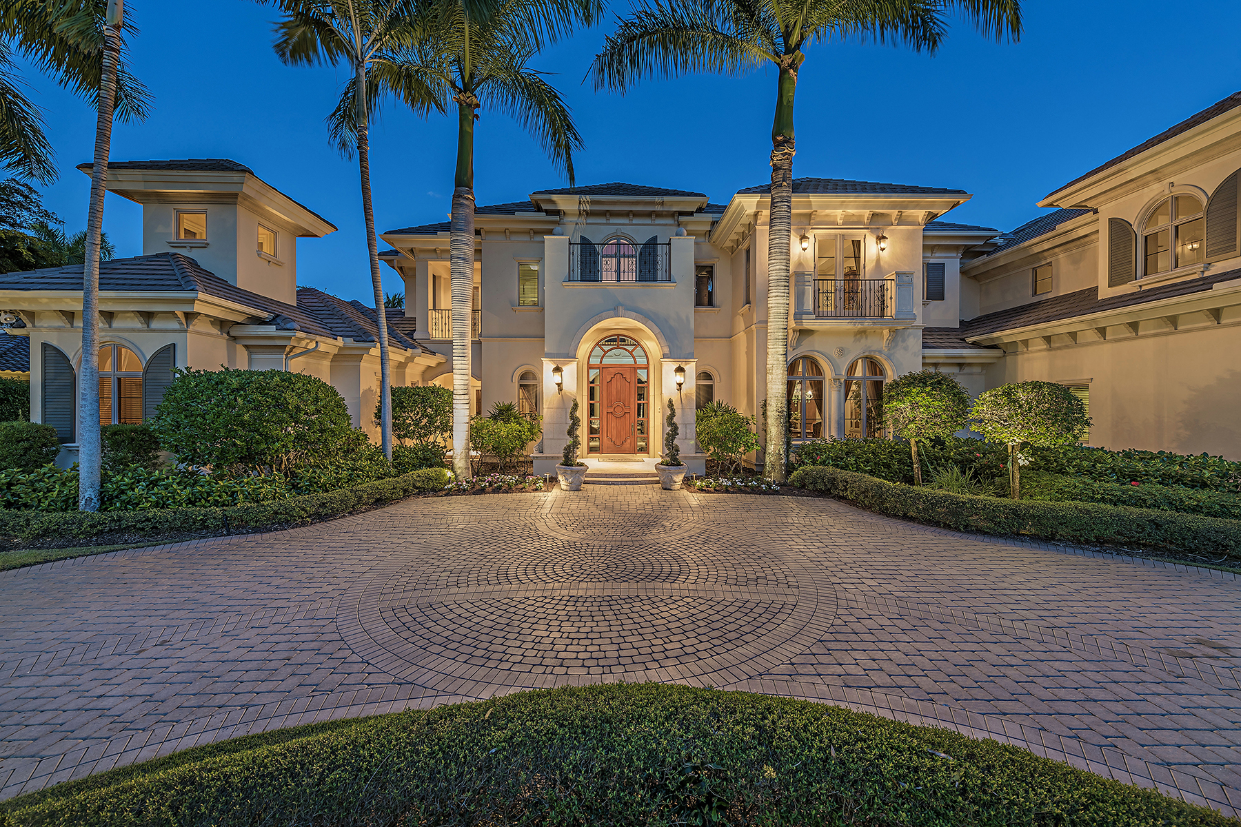Casa Unifamiliar por un Venta en ESTUARY AT GREY OAKS 1420 Nighthawk Pt Naples, Florida, 34105 Estados Unidos