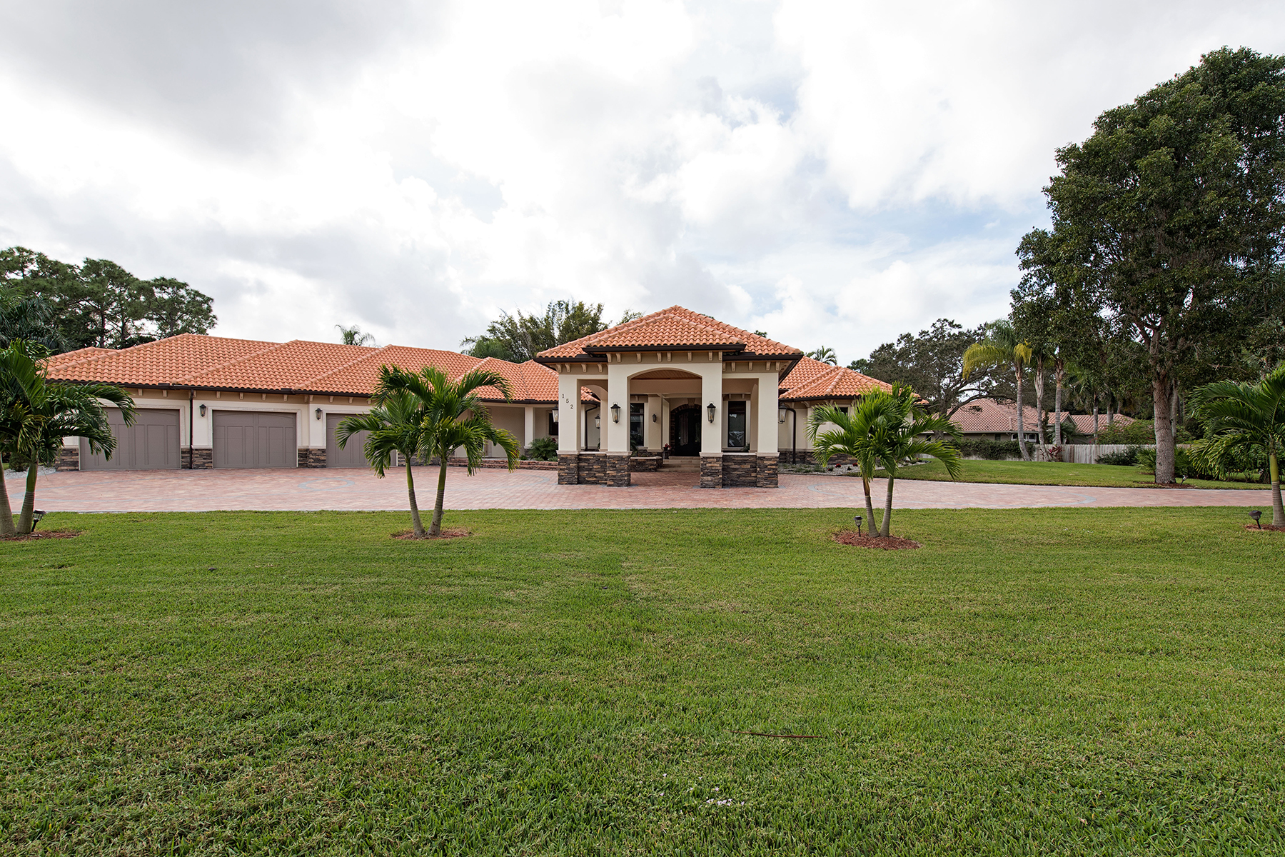Single Family Home for Sale at PINE RIDGE - PINE RIDGE 152 Carica Rd Naples, Florida 34108 United States