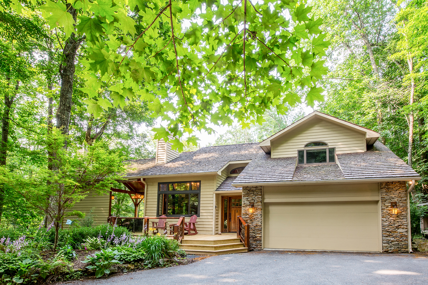 Maison unifamiliale pour l Vente à LINVILLE RIDGE 108 Rock Ledge Lane 1 Linville, Carolina Du Nord 28646 États-Unis