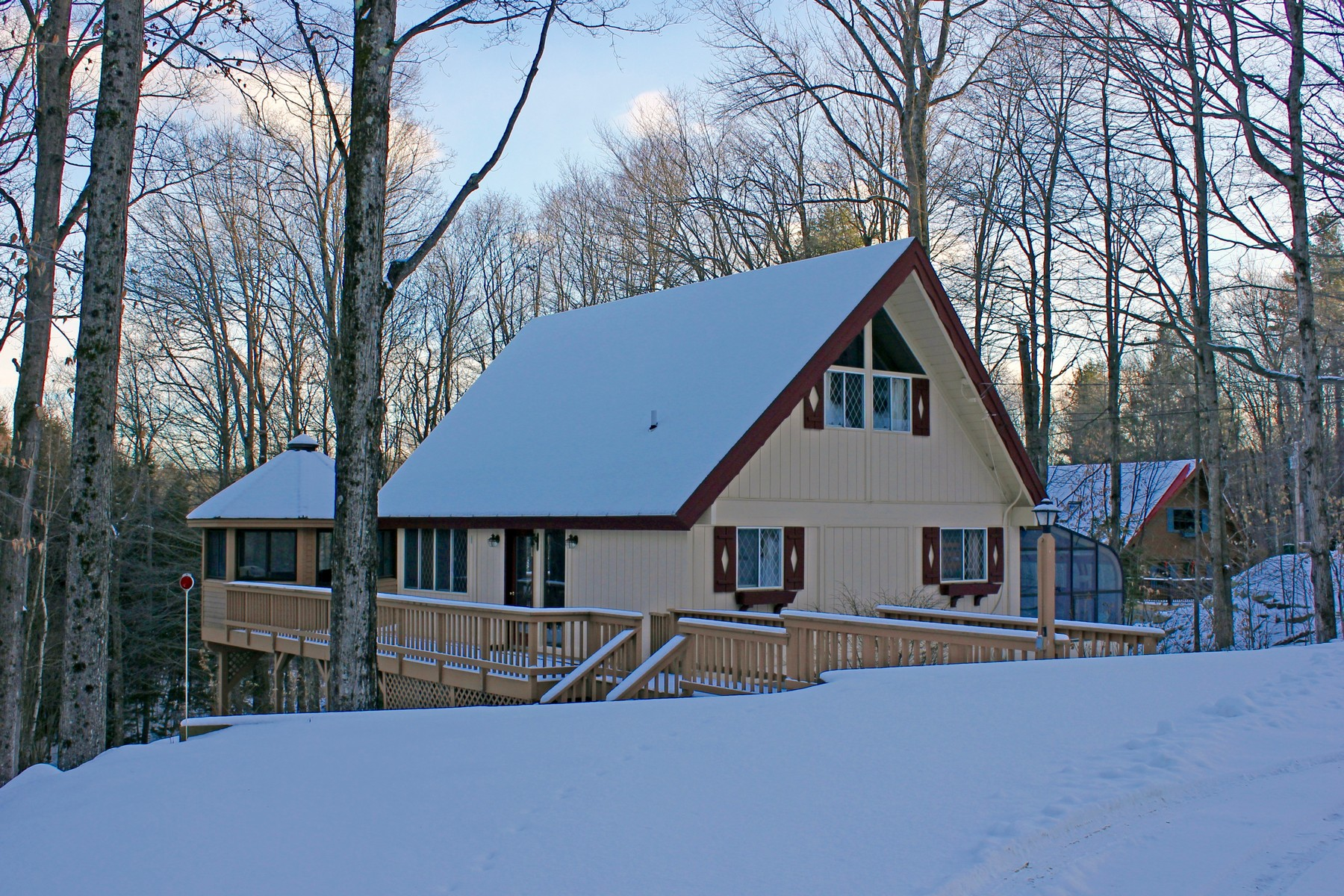 Single Family Home for Sale at Okemo Mountain Chalet 58 Johnson Loop Ludlow, Vermont, 05149 United States