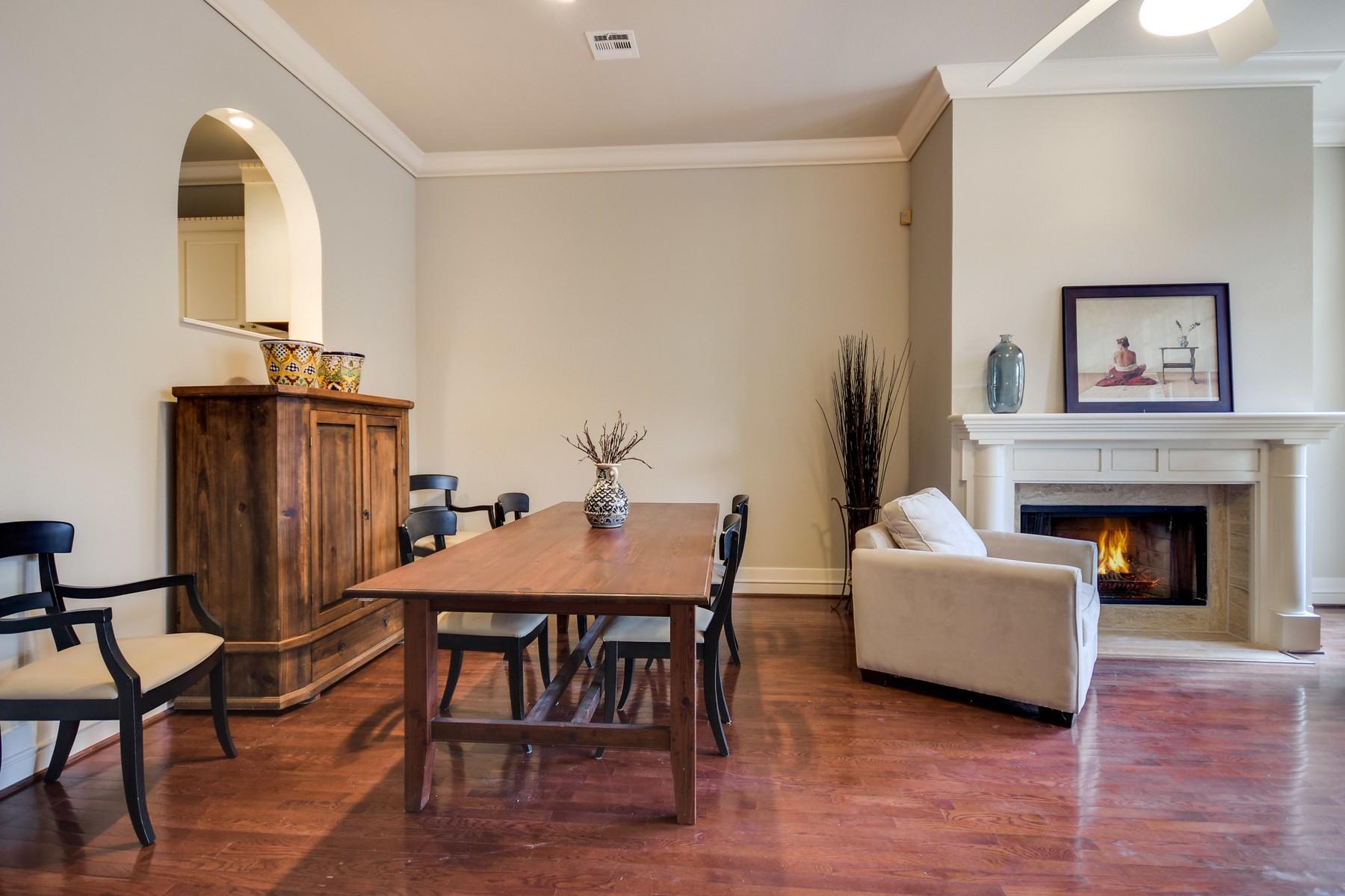 Condominium for Sale at Sophisticated Three Level St Tropez Condo 1937 Rue De St Tropez 14 Austin, Texas 78746 United States