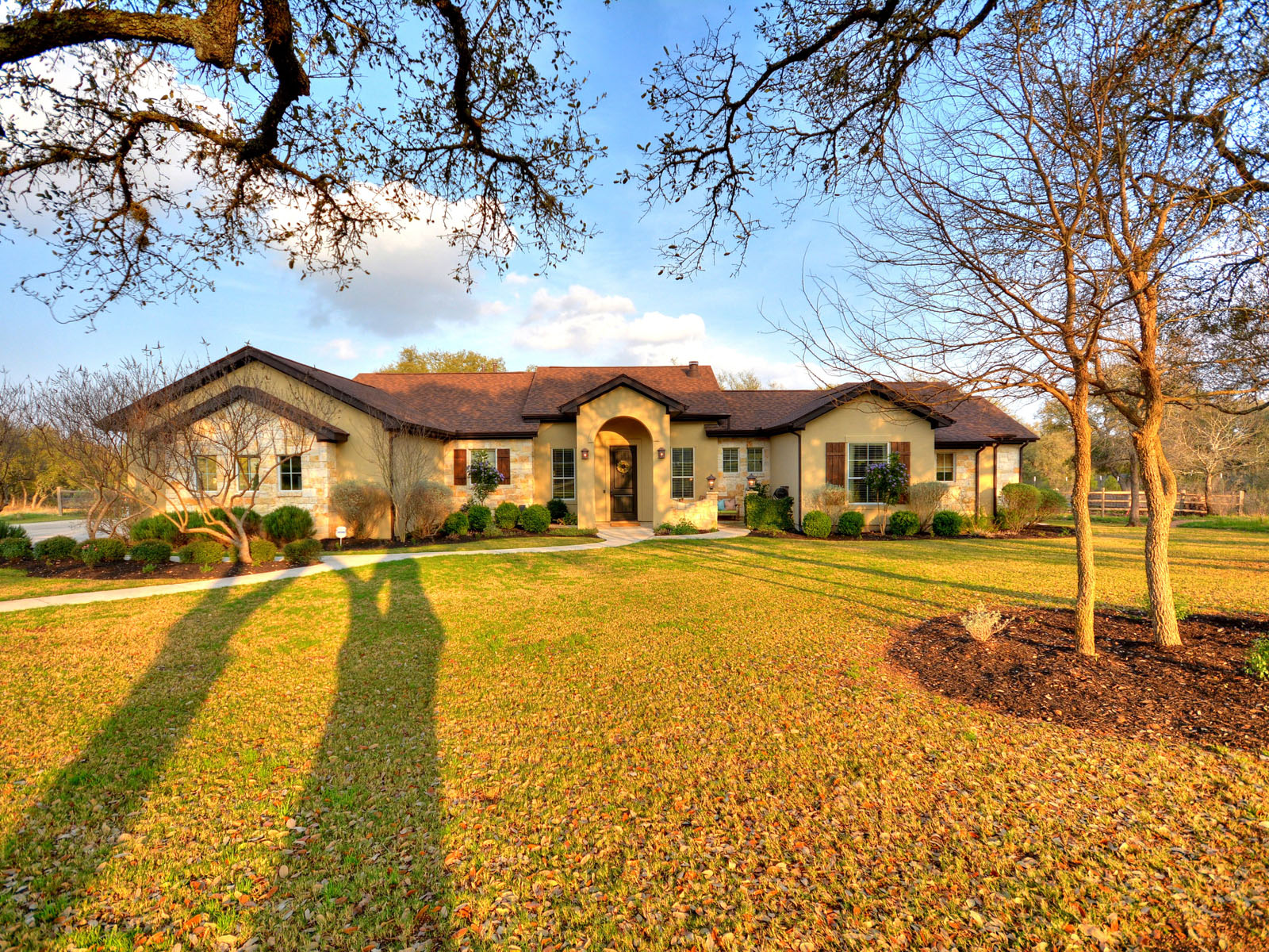 Single Family Home for Sale at Beautiful Custom Single Story in Sierra West 485 Canna Lily Cir Driftwood, Texas 78619 United States