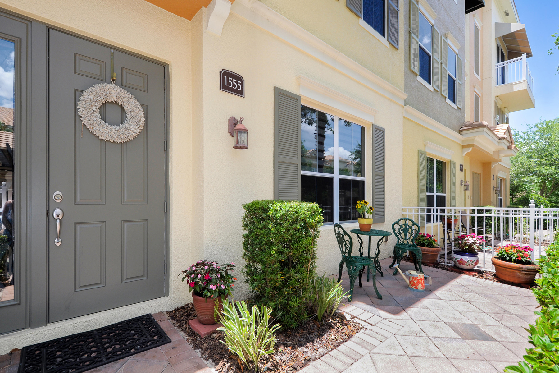 Townhouse for Sale at ORLANDO - LAKE MARY 1555 Ring Plover Way Lake Mary, Florida, 32746 United States