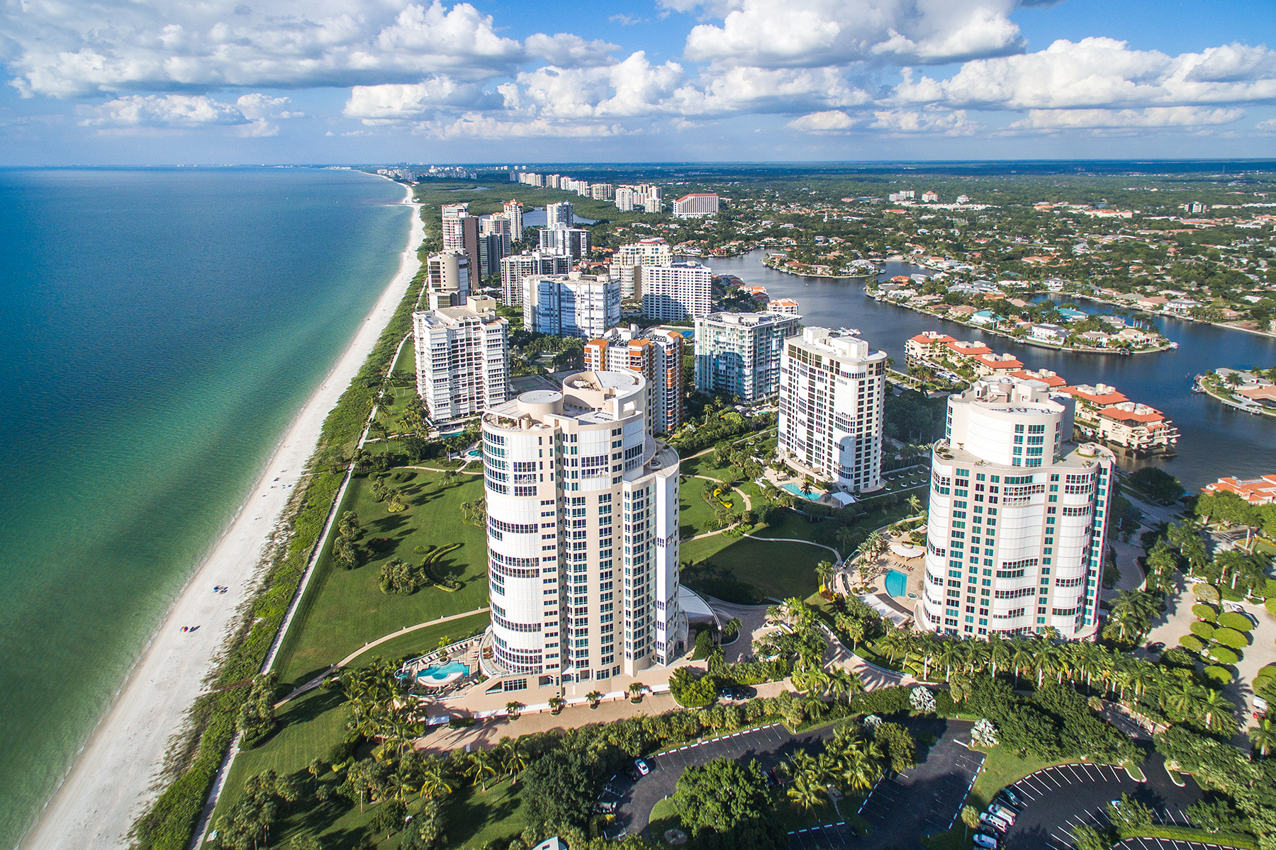 Condominium for Sale at PARK SHORE - REGENT 4101 Gulf Shore Blvd N 4N Naples, Florida 34103 United States