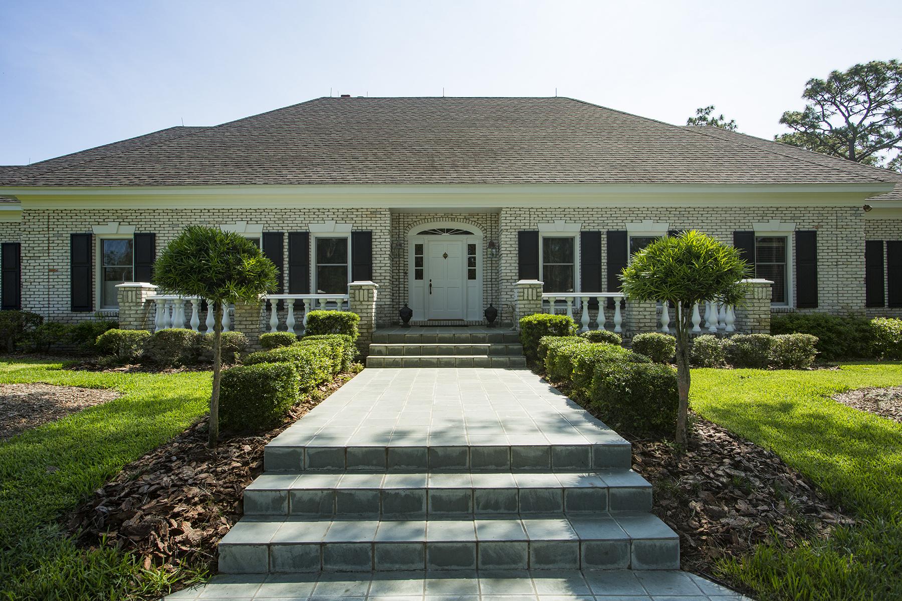 Maison unifamiliale pour l Vente à SPRING HILL 12036 Pasco Trails Blvd Spring Hill, Florida, 34610 États-Unis
