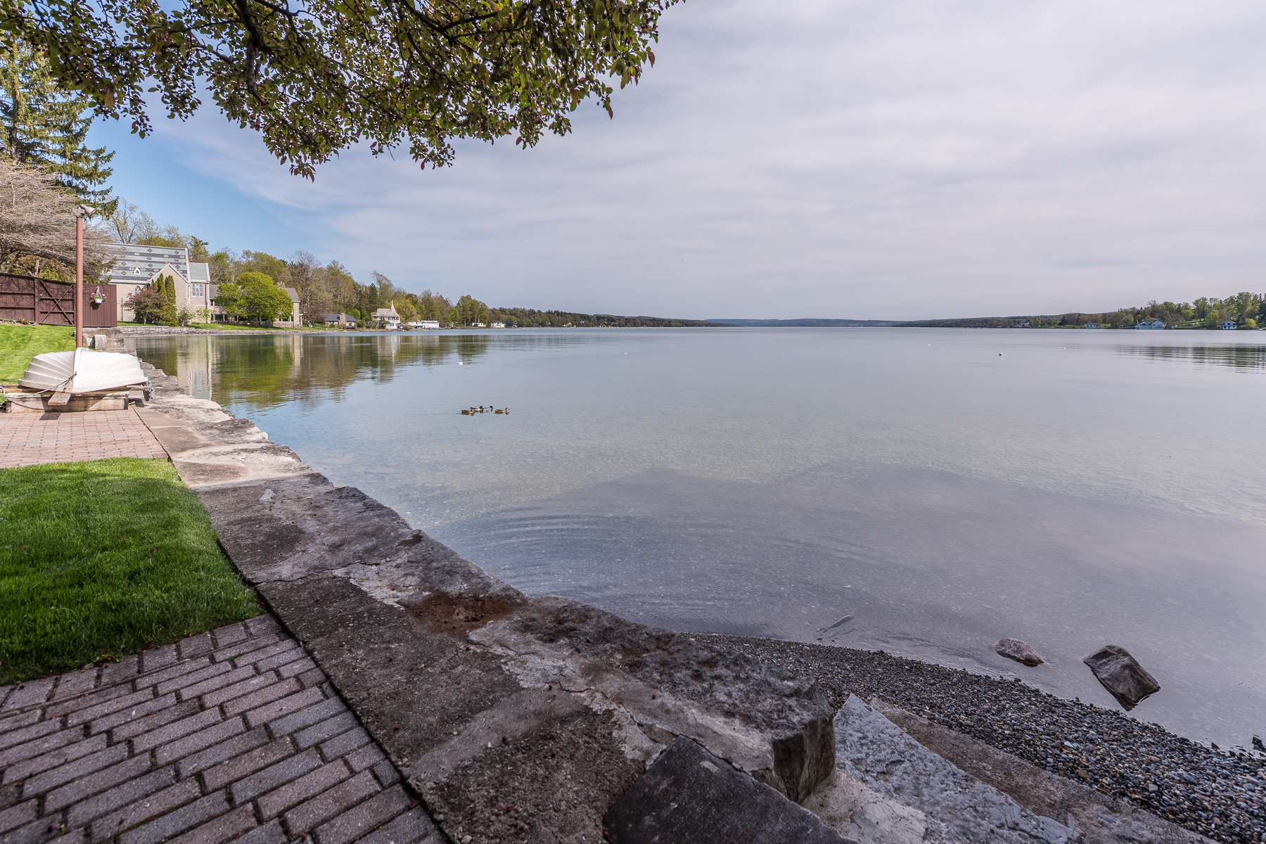 Additional photo for property listing at Waterfront Condo 84 E Genesee St Skaneateles, New York 13152 États-Unis