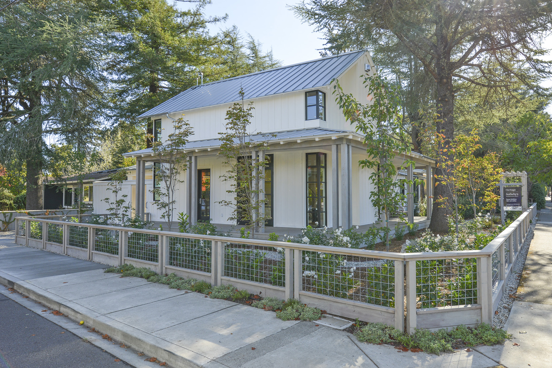 Property For Sale at 1611 Madrona Ave, St. Helena, CA 94574