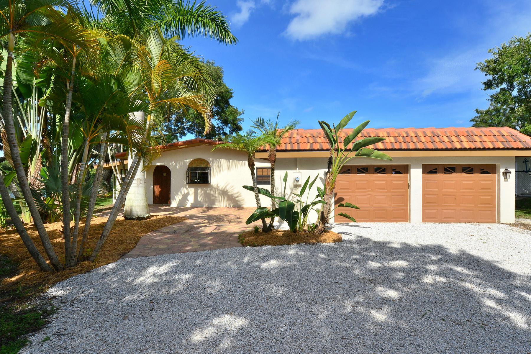 Maison unifamiliale pour l Vente à RIVER FOREST 5381 Palos Verdes Dr Sarasota, Florida, 34231 États-Unis