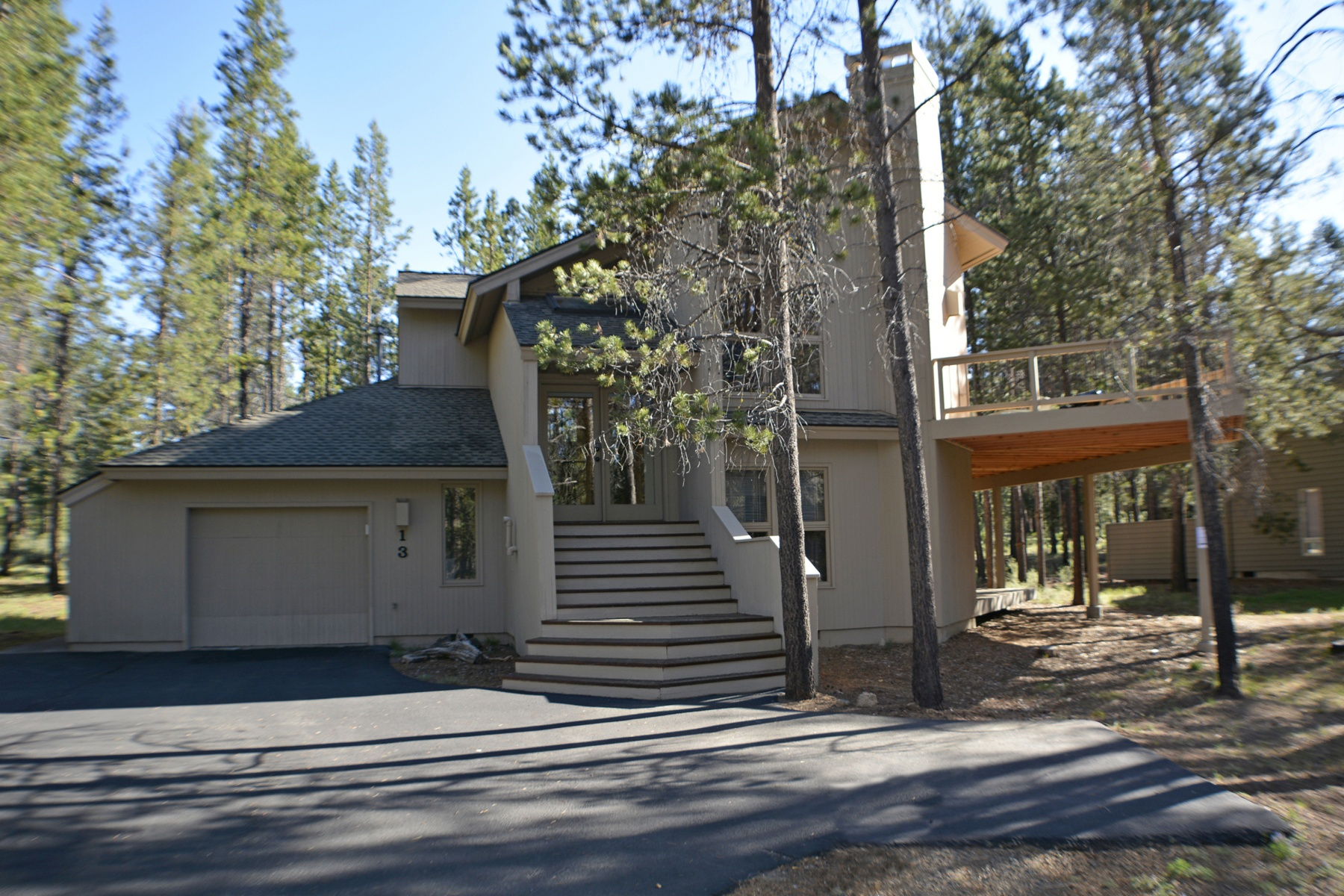 sales property at Great Home On The North End Of Sunriver