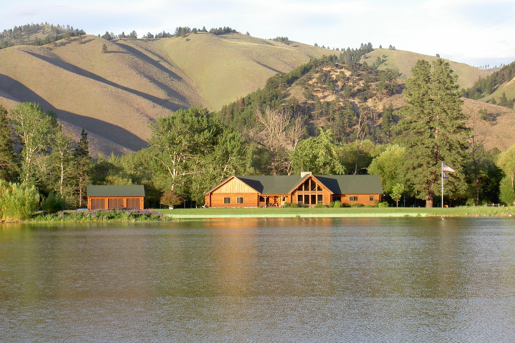 Einfamilienhaus für Verkauf beim 3054 Old Darby Road 3054 Old Darby Road Darby, Montana, 59829 Vereinigte Staaten