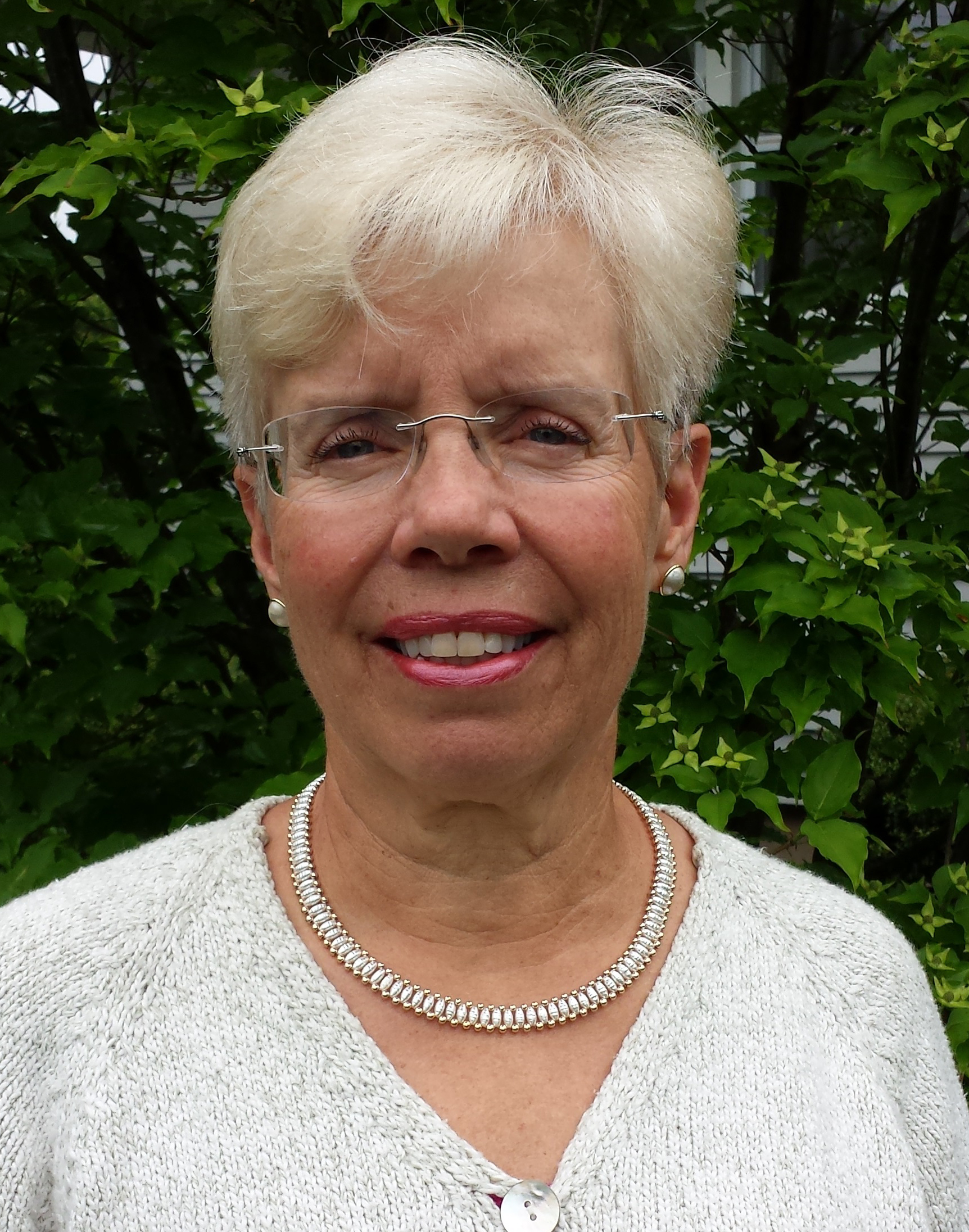 Betsy Bauer