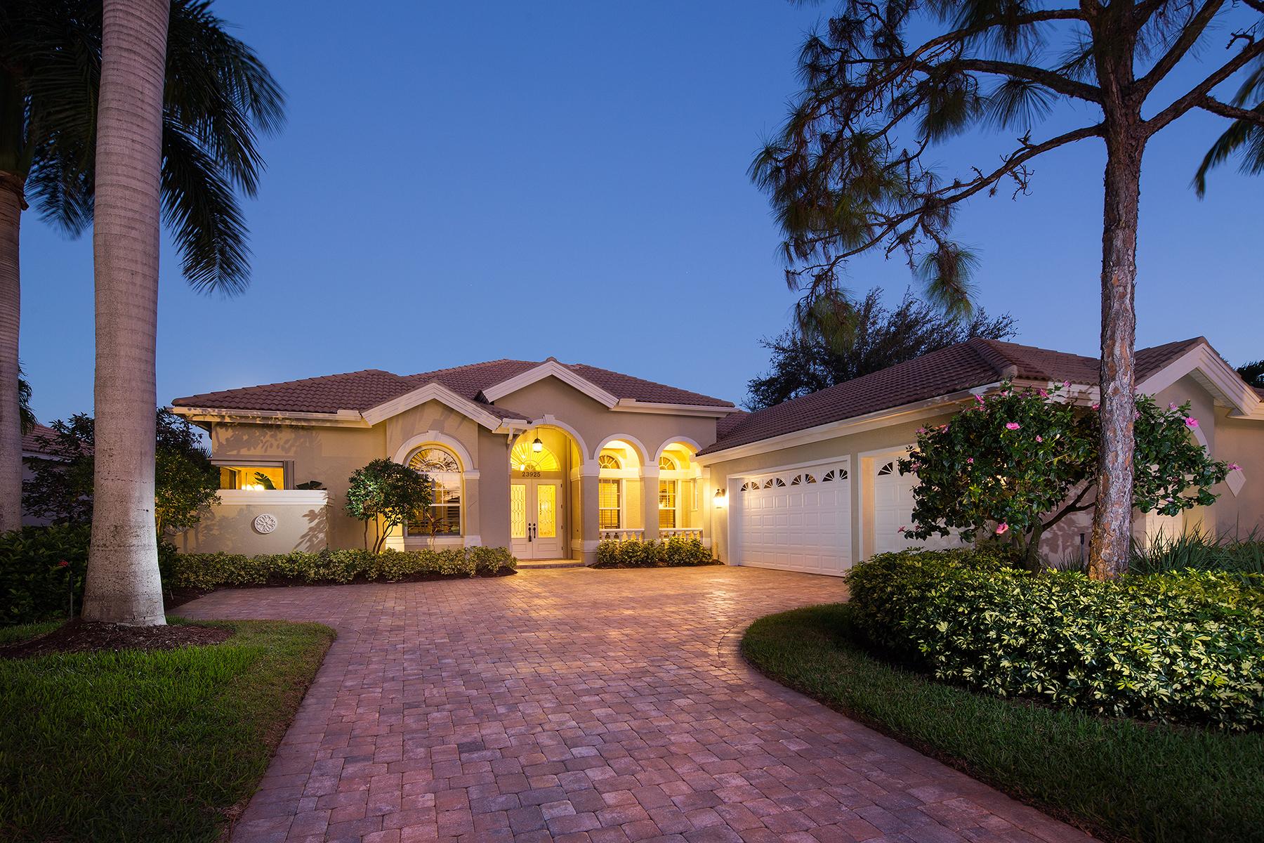 Casa para uma família para Venda às PELICAN LANDING - SANCTUARY 23925 Sanctuary Lakes Ct Bonita Springs, Florida, 34134 Estados Unidos