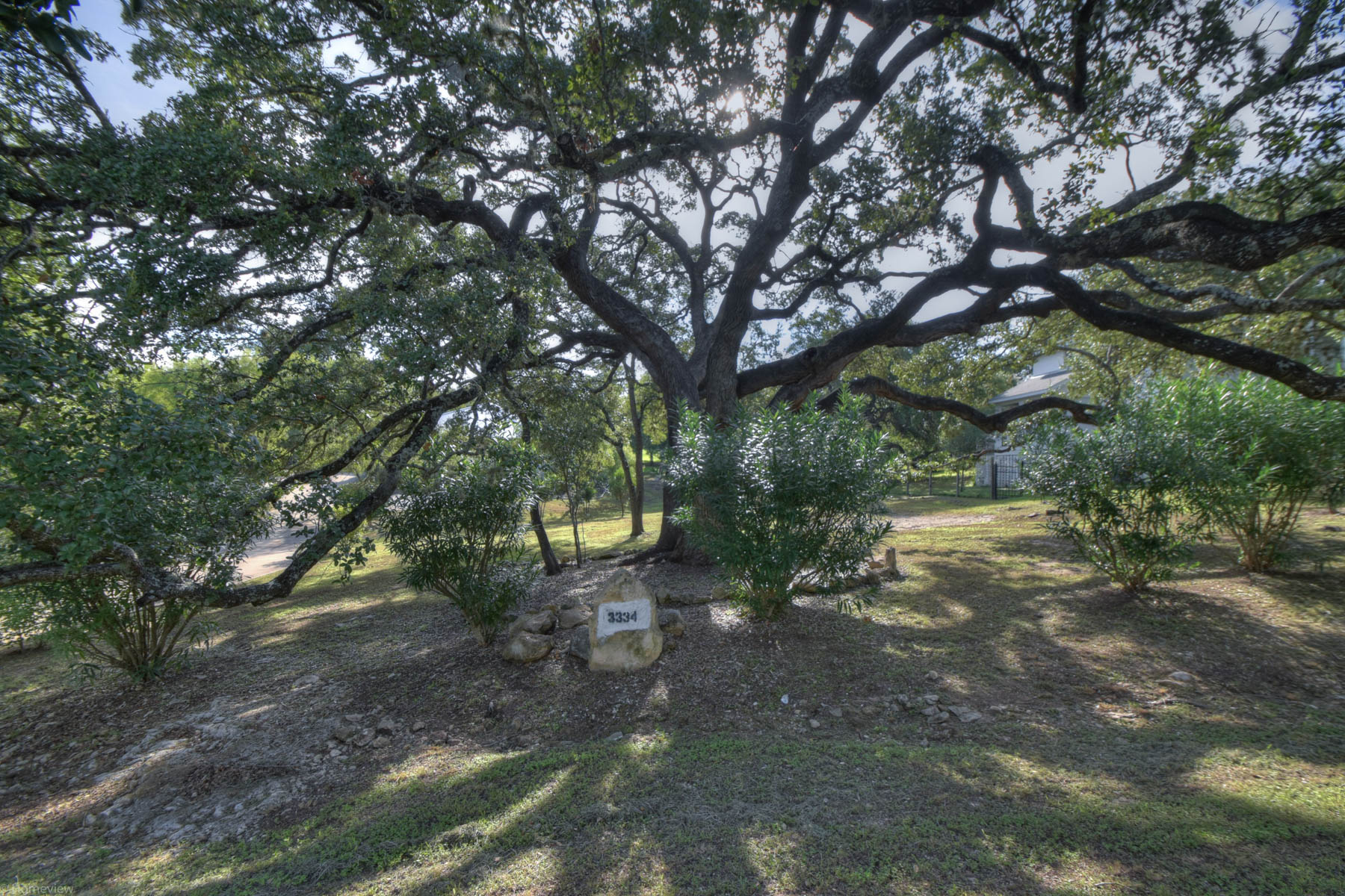 Additional photo for property listing at Country Living in North San Antonio Hills 3334 Sunnydell Dr San Antonio, Texas 78253 Estados Unidos