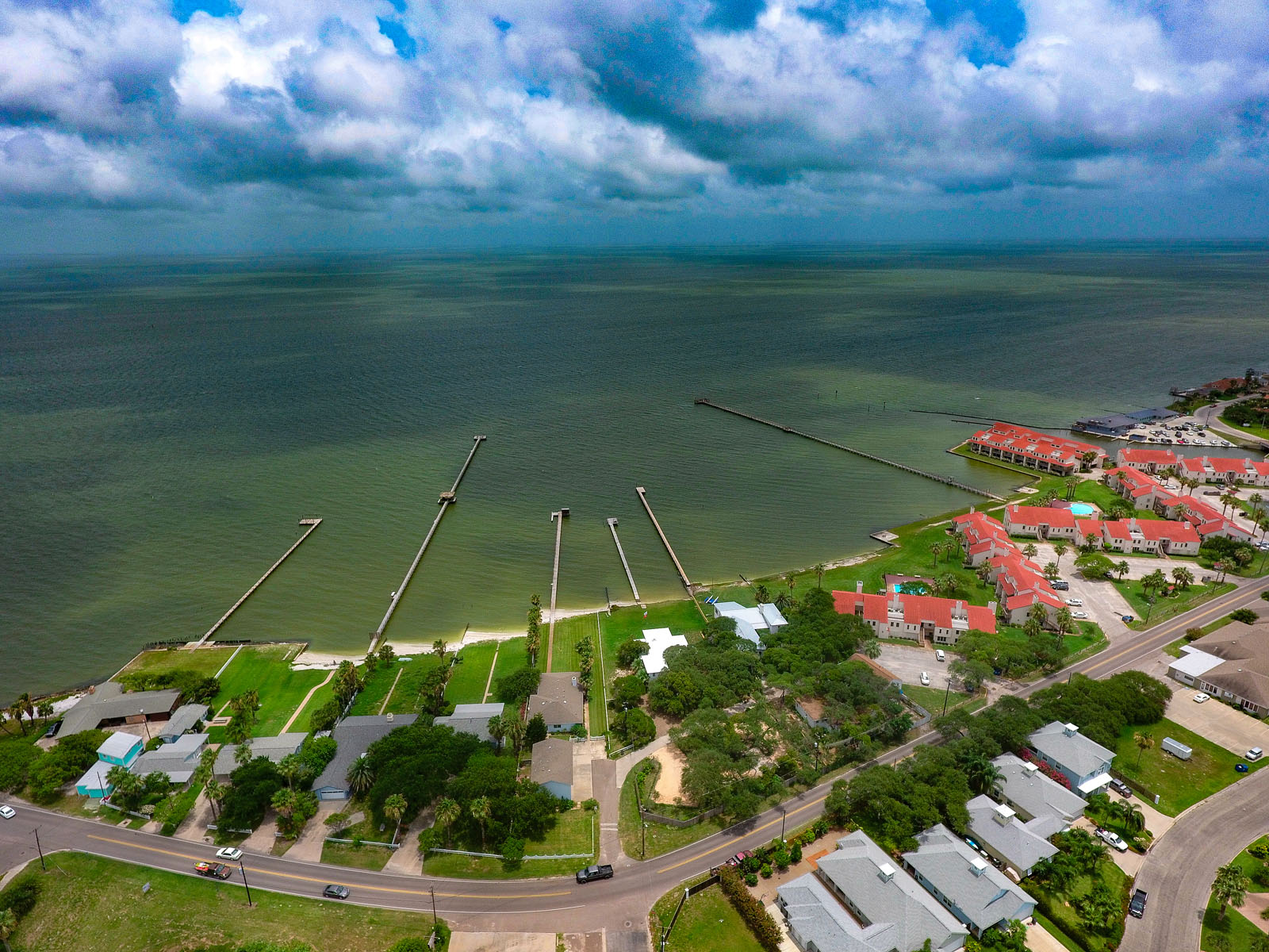 Additional photo for property listing at Villa Maria Estate 2114 Lakeview Dr Rockport, Texas 78382 United States