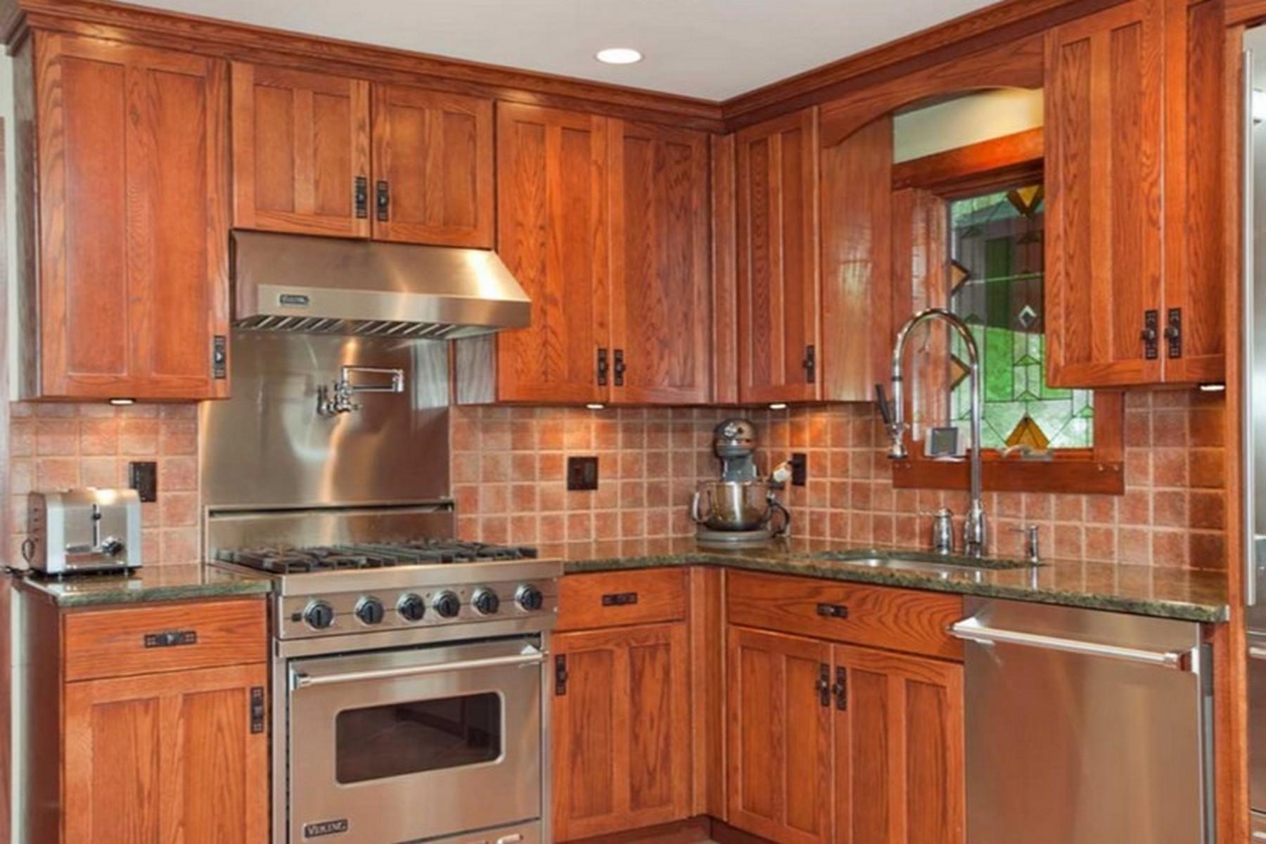 단독 가정 주택 용 매매 에 Ranch 1022 Saint Johnland Rd Kings Park, 뉴욕, 11754 미국