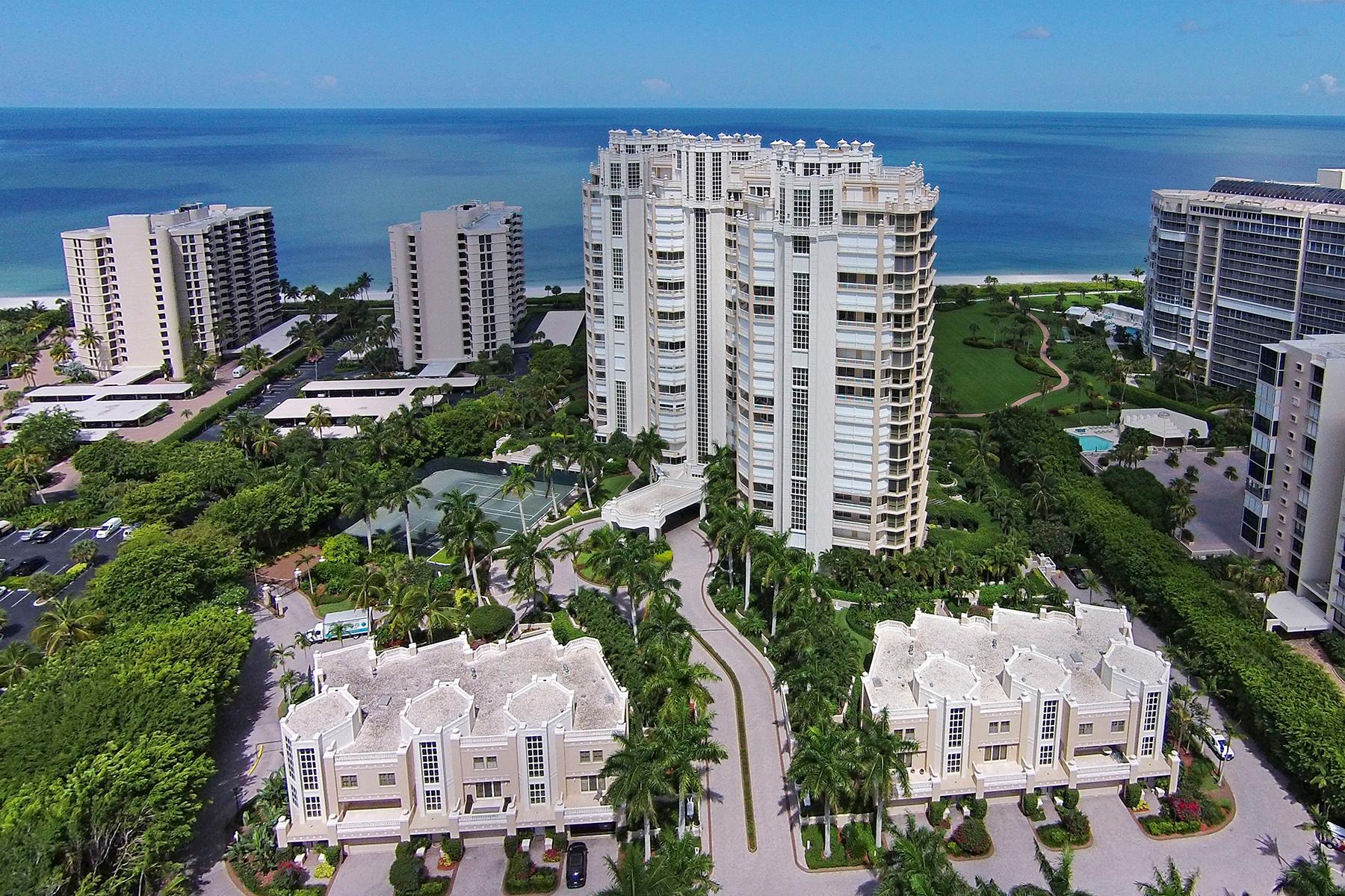 Eigentumswohnung für Verkauf beim PARK SHORE - BRITTANY 4021 Gulf Shore Blvd N 303 Naples, Florida, 34103 Vereinigte Staaten