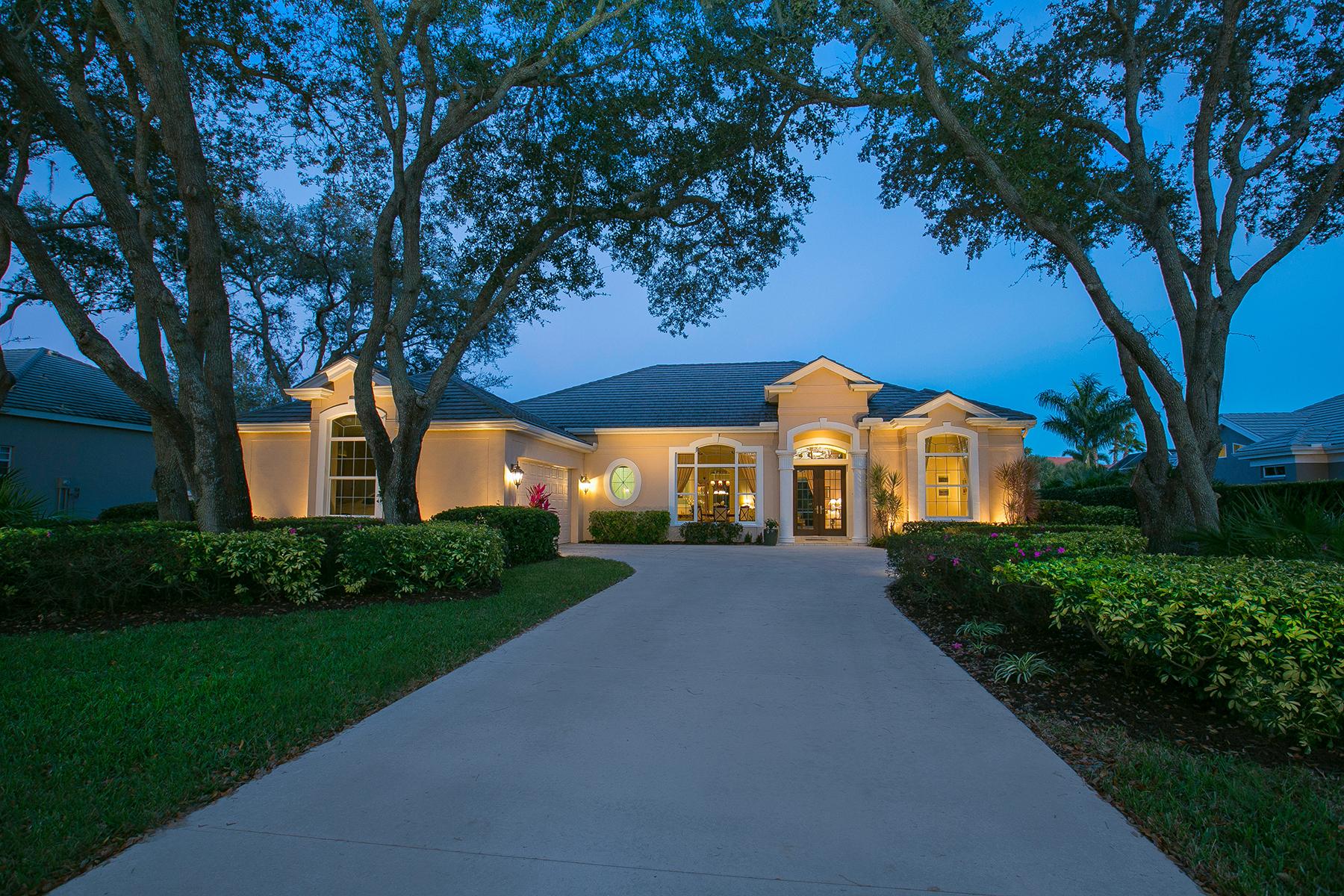 独户住宅 为 销售 在 BOCA ROYALE 11 N Cayman Isles Blvd 恩格尔伍德, 佛罗里达州, 34223 美国