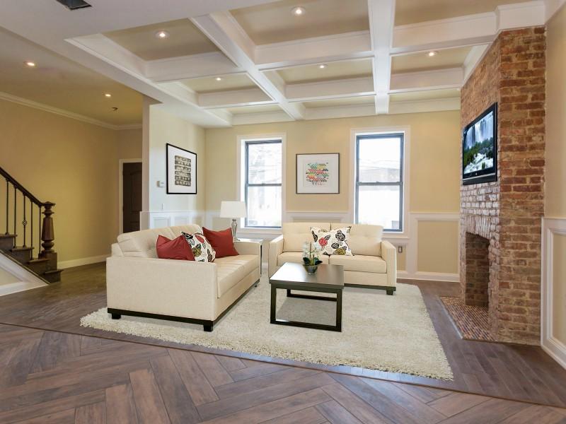 多戶家庭房屋 為 出售 在 Townhouse 66- 50 69th St Middle Village, 紐約州, 11379 美國