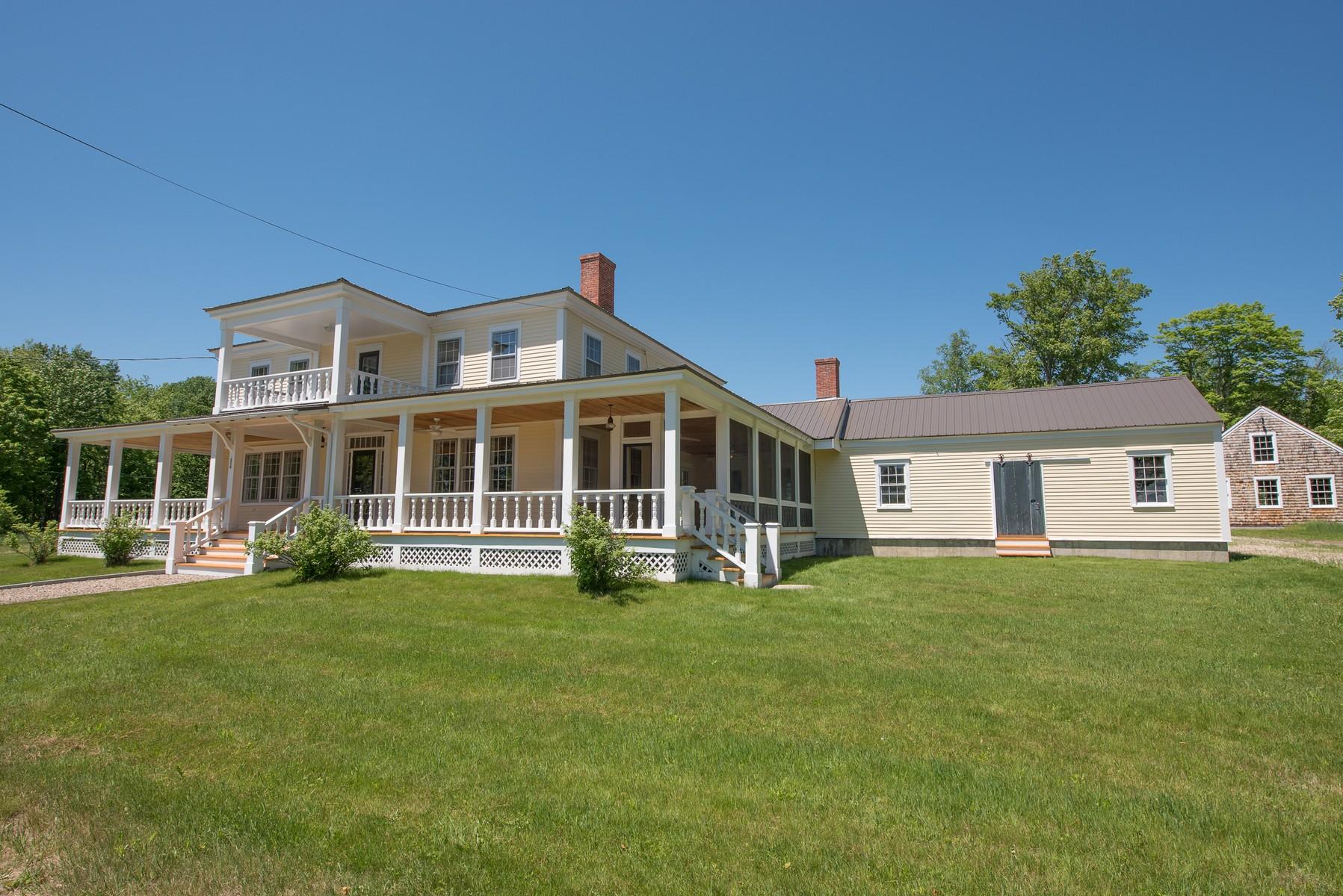 Maison unifamiliale pour l Vente à 216 Whiteface Intervale Rd, Sandwich Sandwich, New Hampshire, 03259 États-Unis