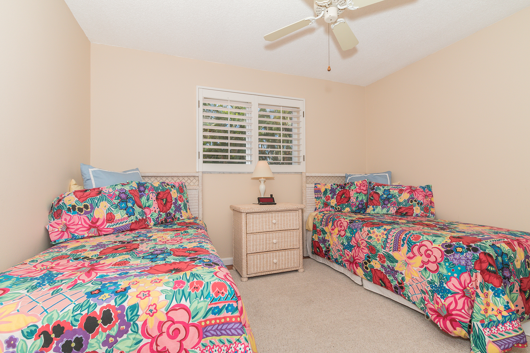 Property Of OLDE TOWNE CONDO - OLDE NAPLES