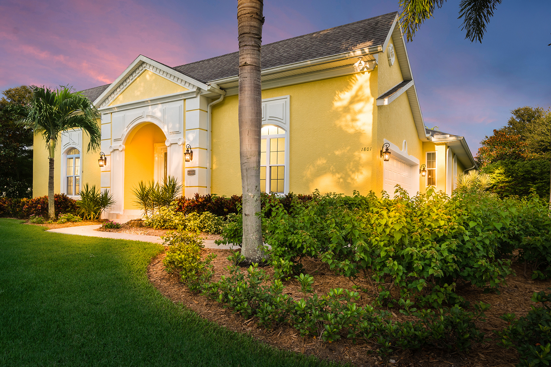 獨棟家庭住宅 為 出售 在 THE LOOP OF NORTHWEST BRADENTON 1801 97th St NW Bradenton, 佛羅里達州, 34209 美國