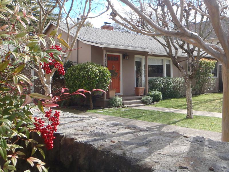 Maison unifamiliale pour l Vente à 1663 Adams St, St. Helena, CA 94574 1663 Adams St St. Helena, Californie 94574 États-Unis