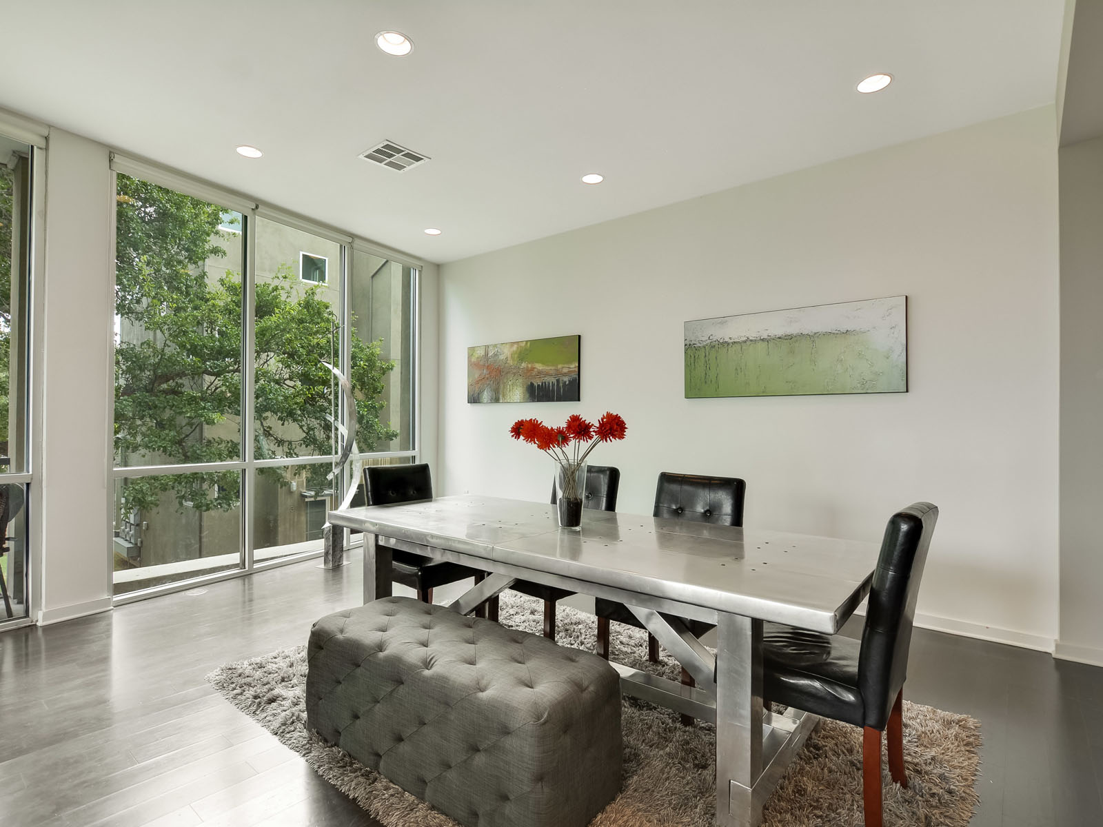Additional photo for property listing at Stunning Views of Downtown Austin 1500 Summit St 4 Austin, Texas 78741 Estados Unidos