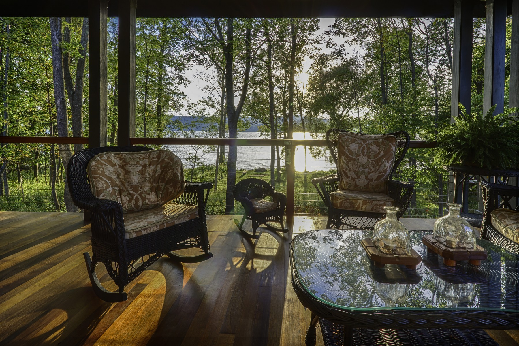 Additional photo for property listing at Elegant and Serene Home on Otsego Lake 418  Public Landing Rd Rd Cooperstown, Нью-Йорк 13326 Соединенные Штаты
