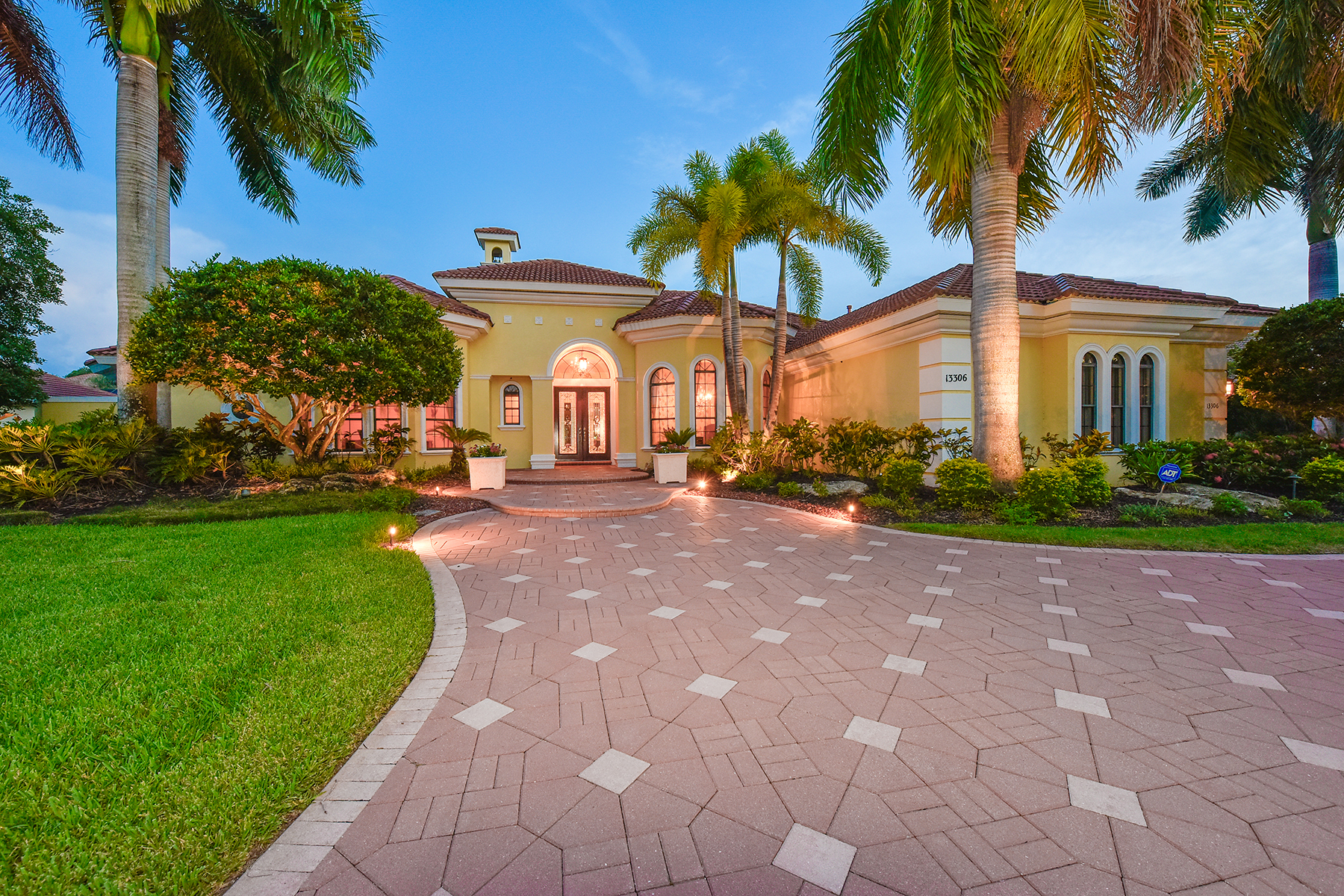 Maison unifamiliale pour l Vente à LAKEWOOD RANCH COUNTRY CLUB 13306 Palmers Creek Terr Lakewood Ranch, Florida, 34202 États-Unis