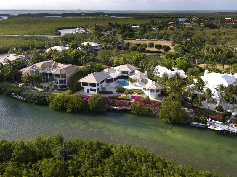 Maison unifamiliale pour l Vente à Ocean Views from Ocean Reef Home 9 Osprey Lane Ocean Reef Community, Key Largo, Florida, 33037 États-Unis