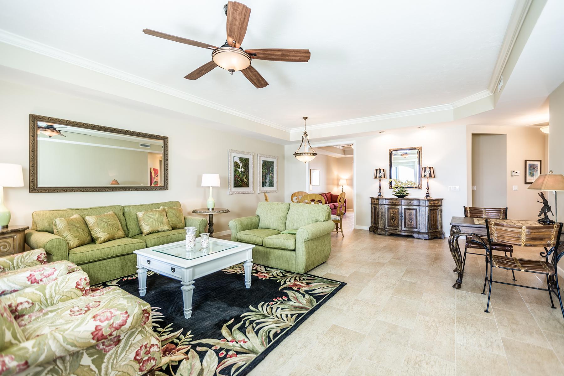Condomínio para Venda às MARCO ISLAND 3000 Royal Marco Way 519 Marco Island, Florida, 34145 Estados Unidos