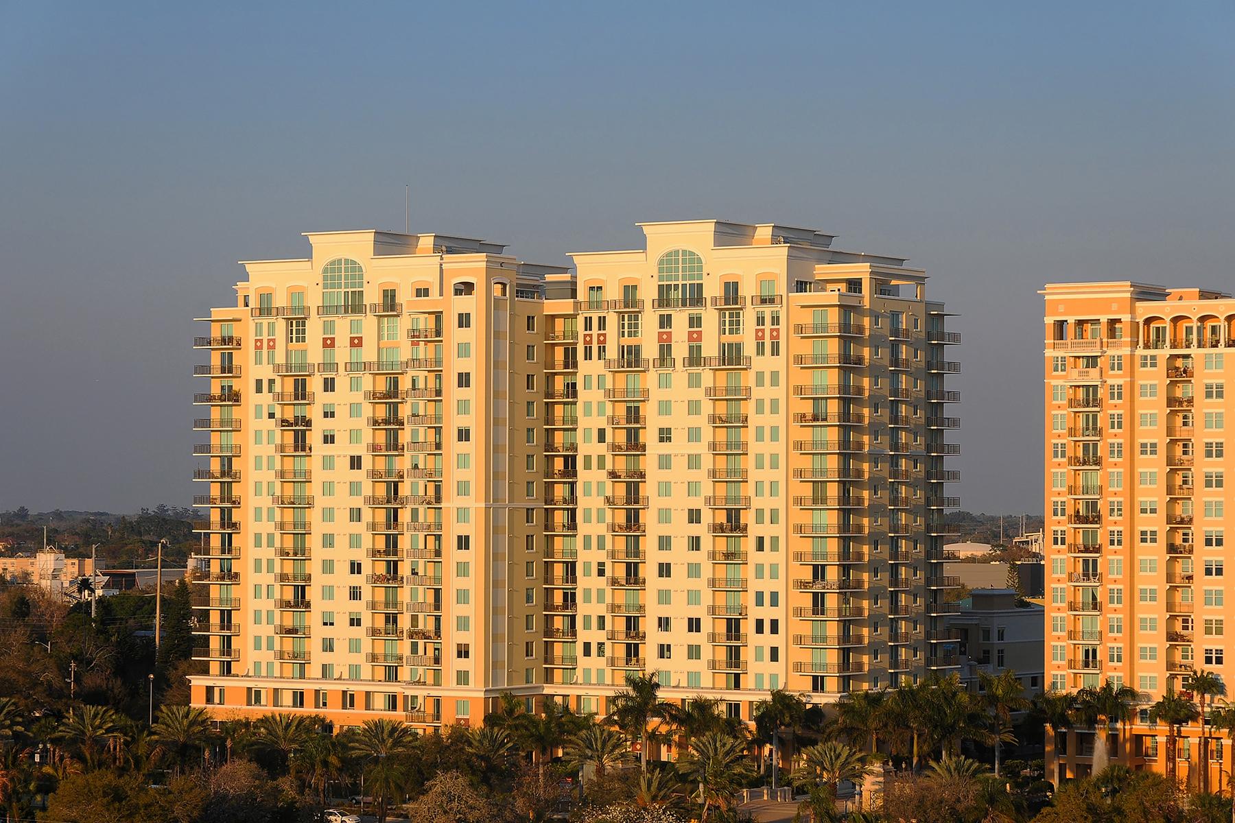 콘도미니엄 용 매매 에 SARASOTA 800 N Tamiami Trl 105 Sarasota, 플로리다 34236 미국