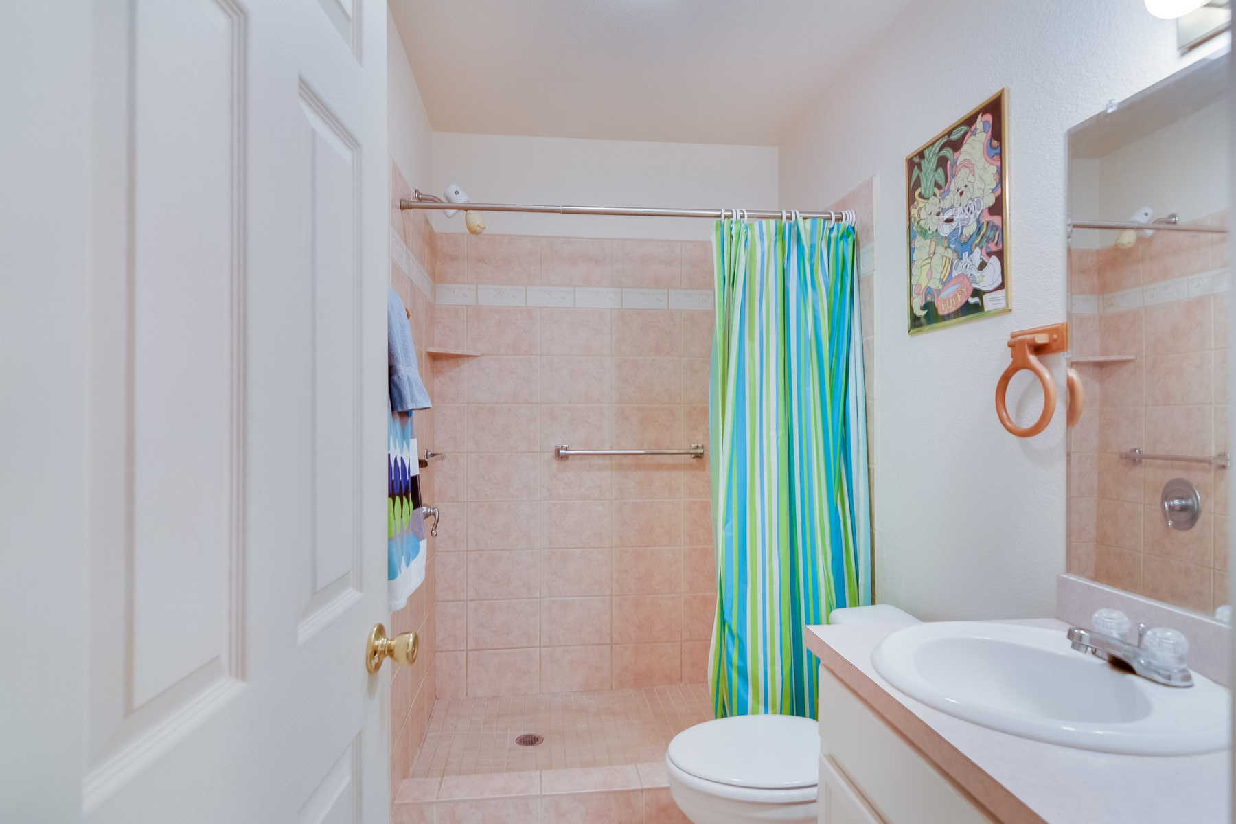 Additional photo for property listing at Beautiful Condo in Boerne Village Condominiums 121 S Plant Ave 502 Boerne, Texas 78006 United States