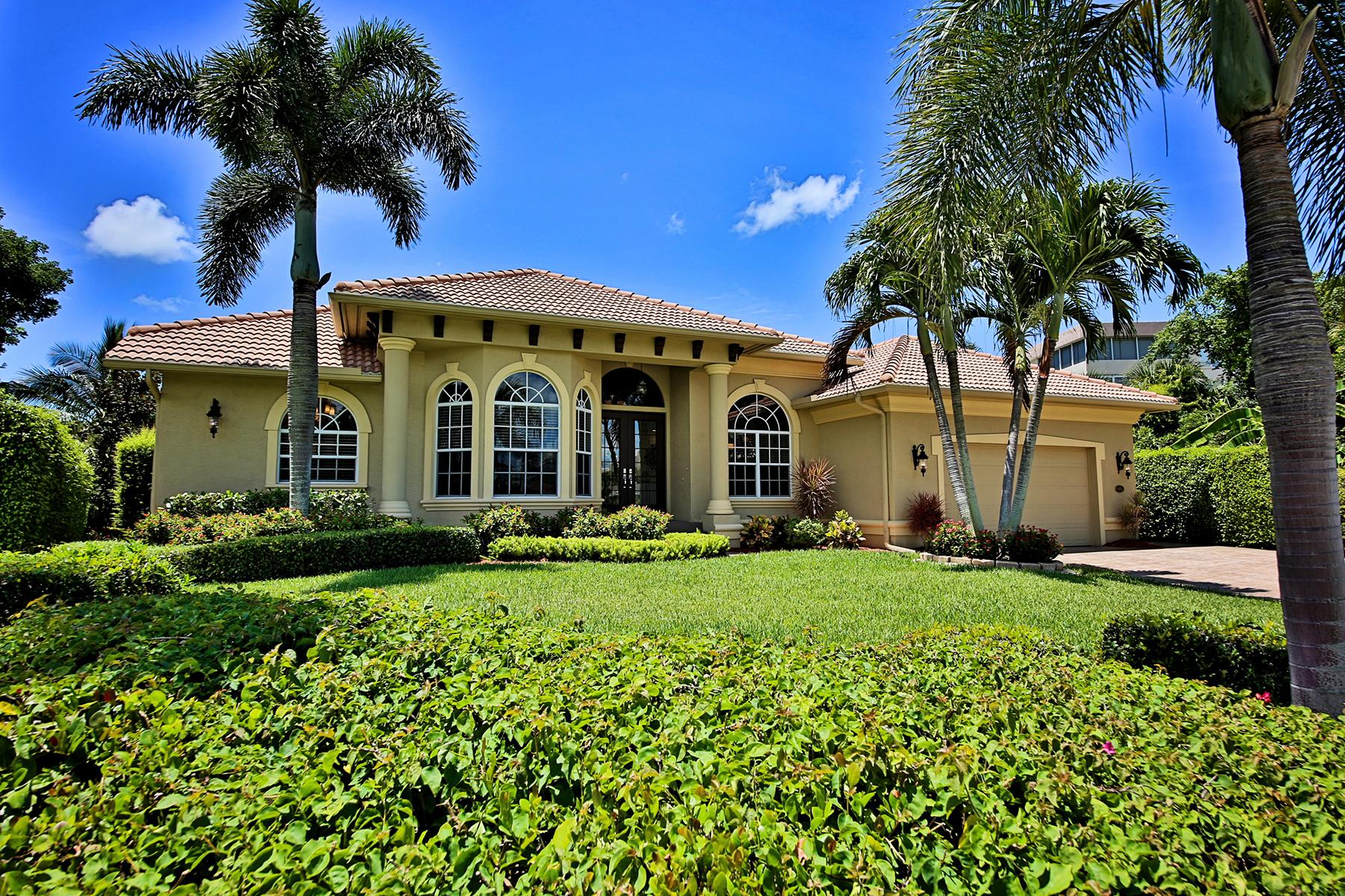 獨棟家庭住宅 為 出售 在 MARCO ISLAND - SWAN DRIVE 905 Swan Dr Marco Island, 佛羅里達州 34145 美國