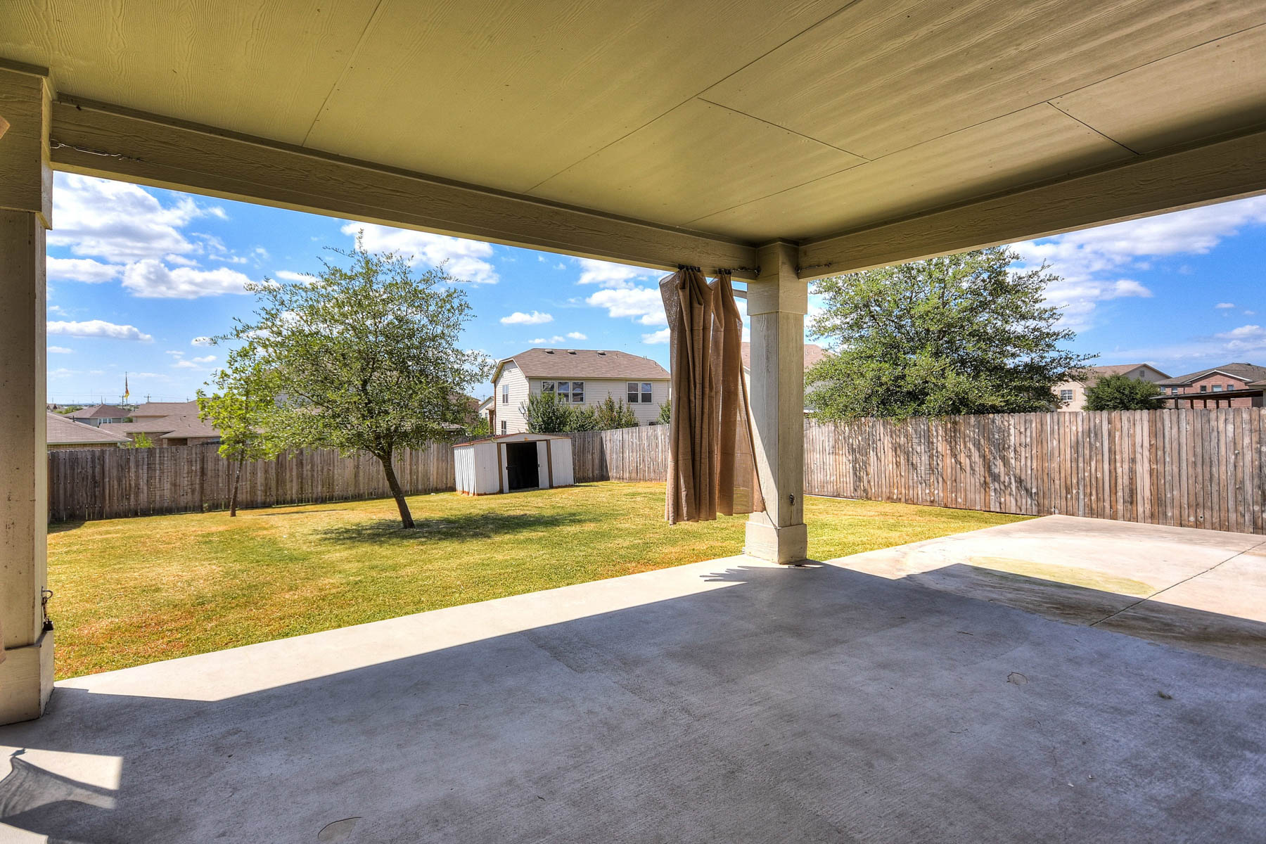 Additional photo for property listing at Lovely Maintained Home in Highland Farms 4919 Larkhill Farm San Antonio, Texas 78244 Estados Unidos