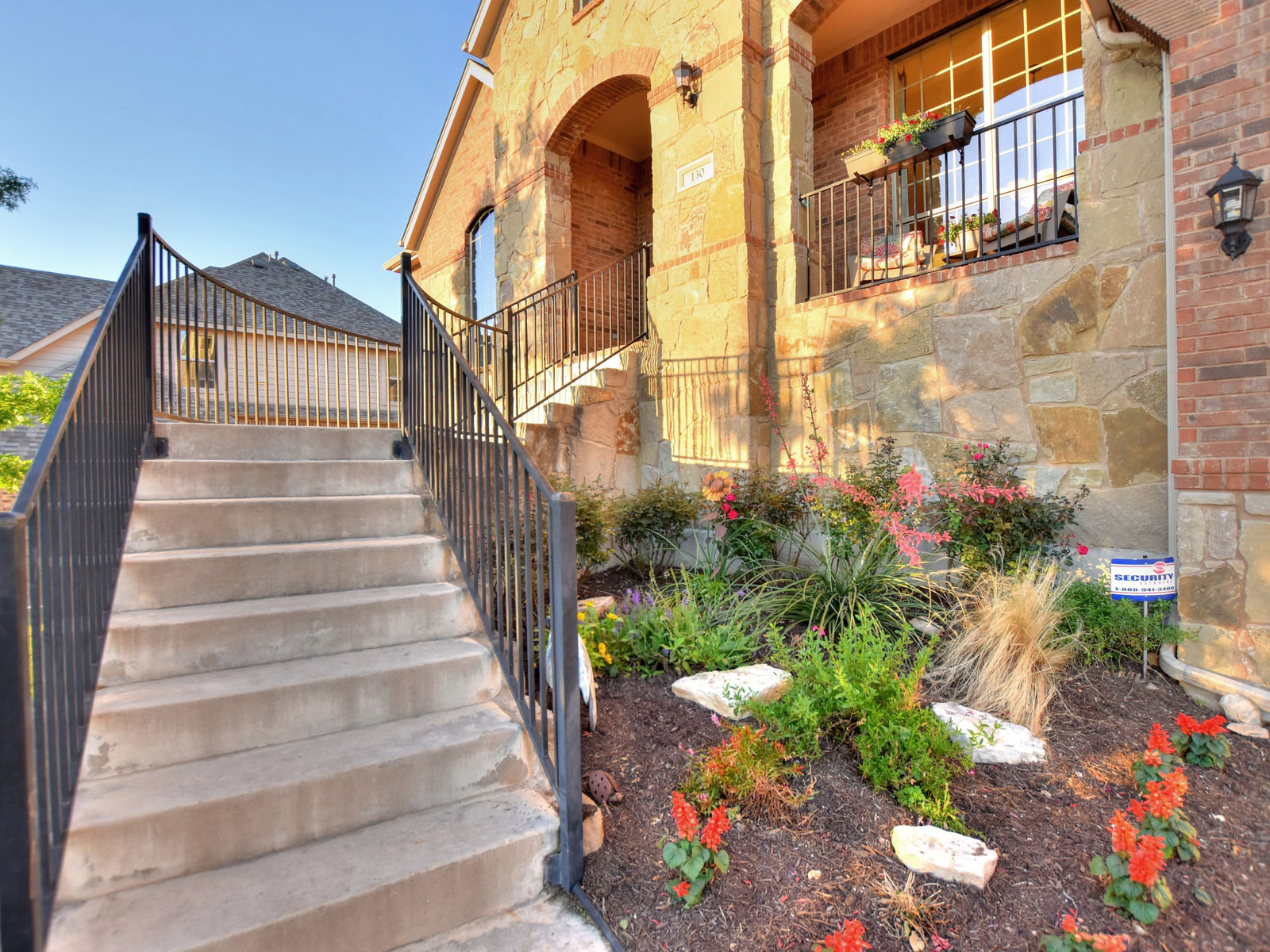 Additional photo for property listing at 130 Empire, Austin 130 Empire Ct Austin, Texas 78737 United States